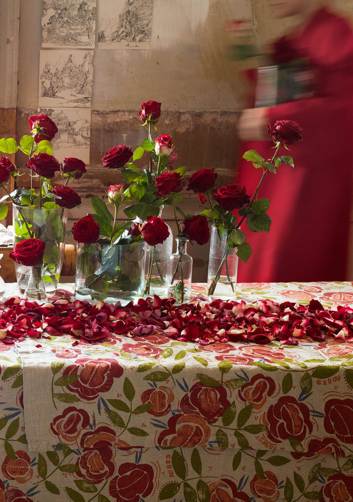 Roses tablecloth  coral