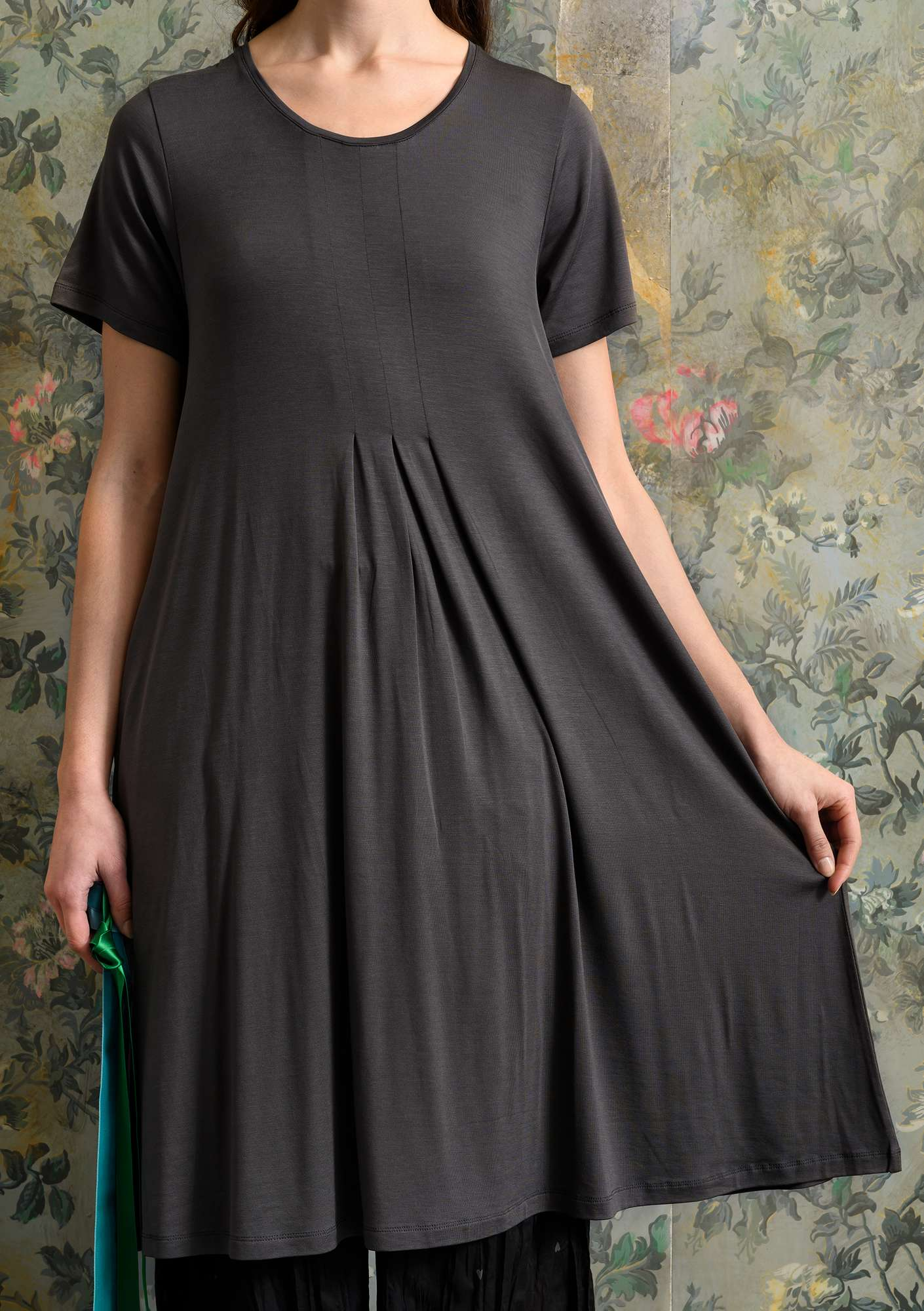 Solid-colour dress ash grey
