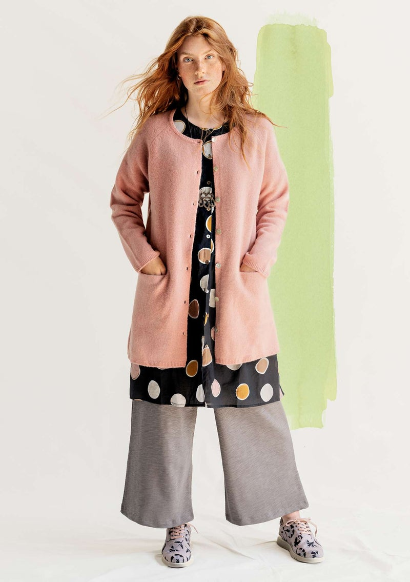 Long cardigan in wool dusky pink/solid-colored