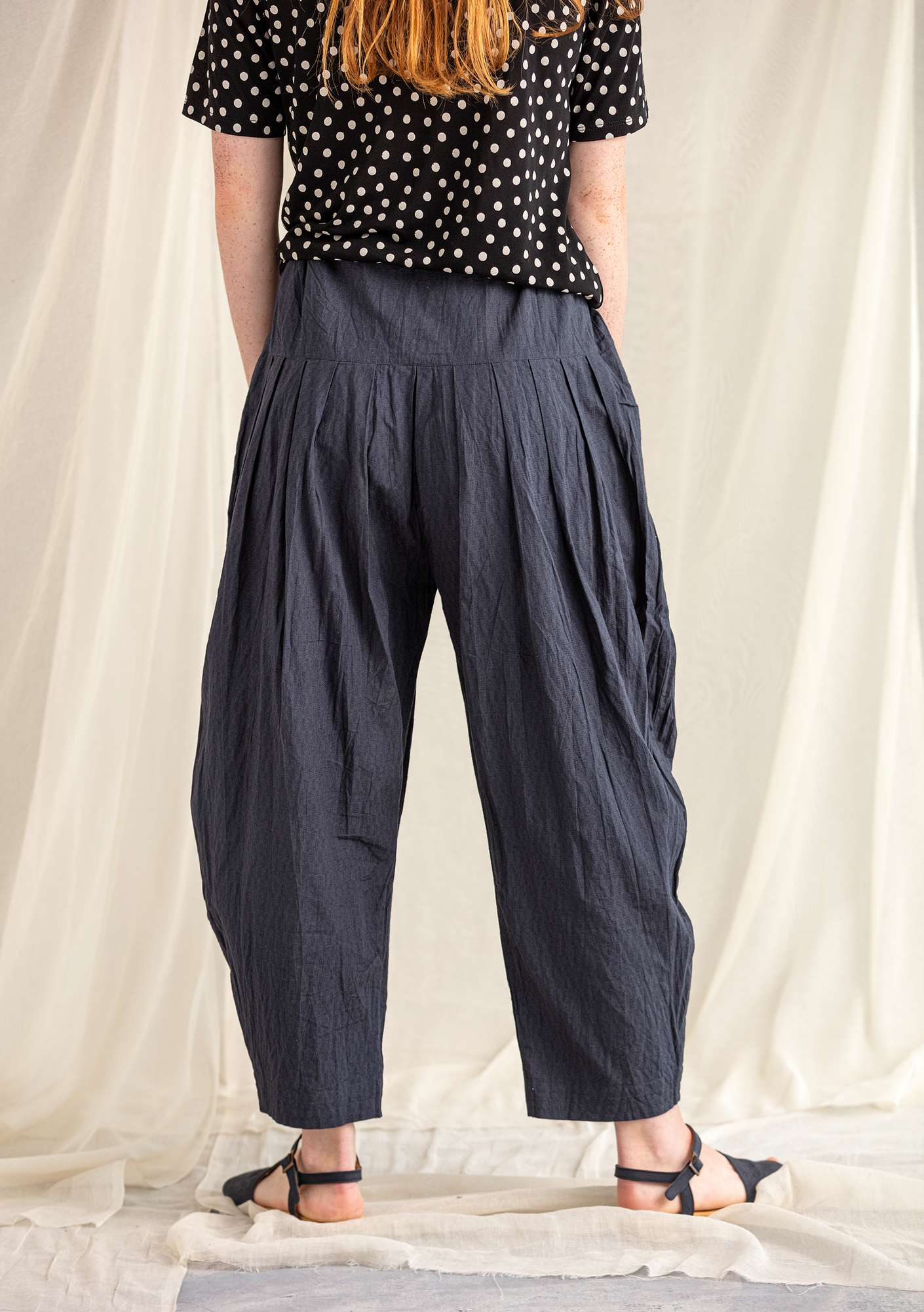 Trousers in organic cotton/linen ink blue