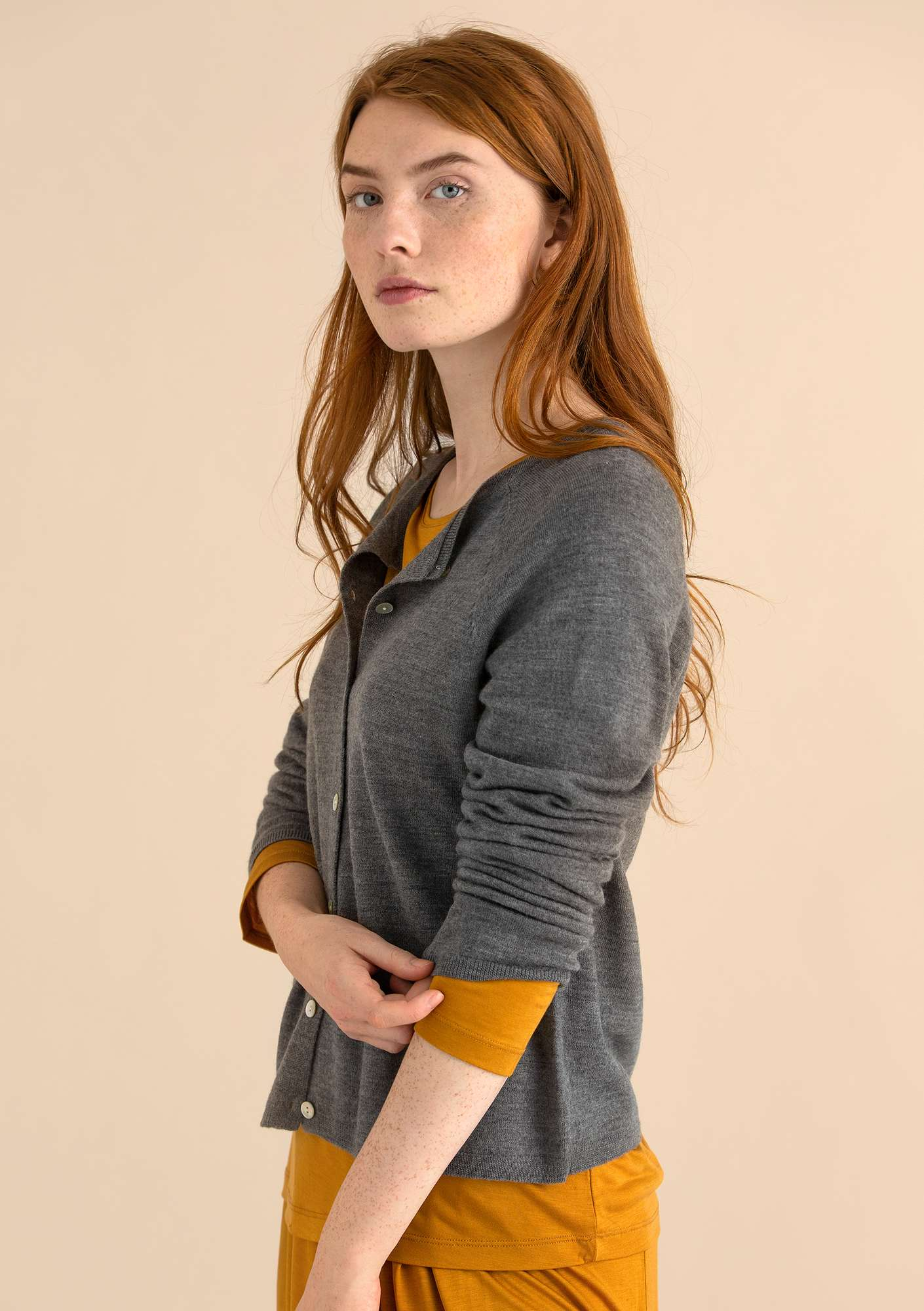 A crafty cardigan in organic wool grey melange