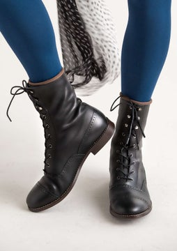 Kristina lace-up boots black
