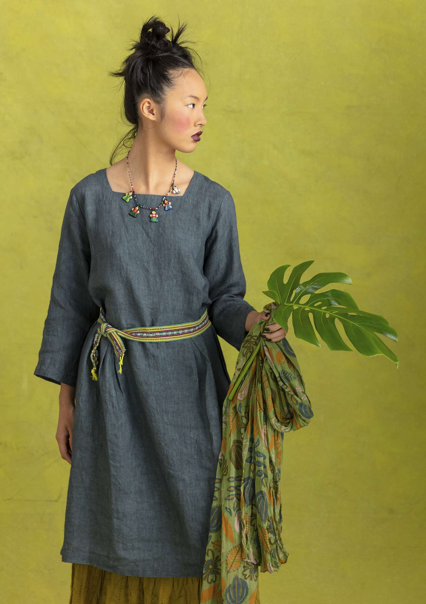 """Sia"" linen dress agave"
