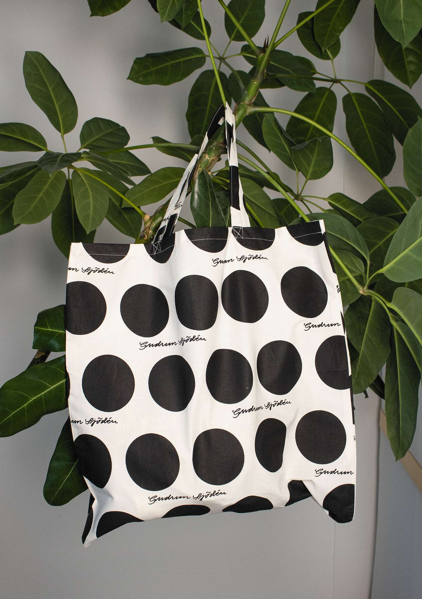 Fabric tote bag L in organic cotton black