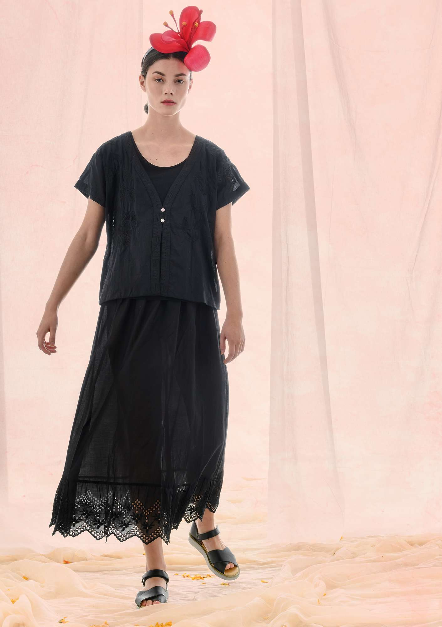 """Fantasia"" organic cotton blouse black"