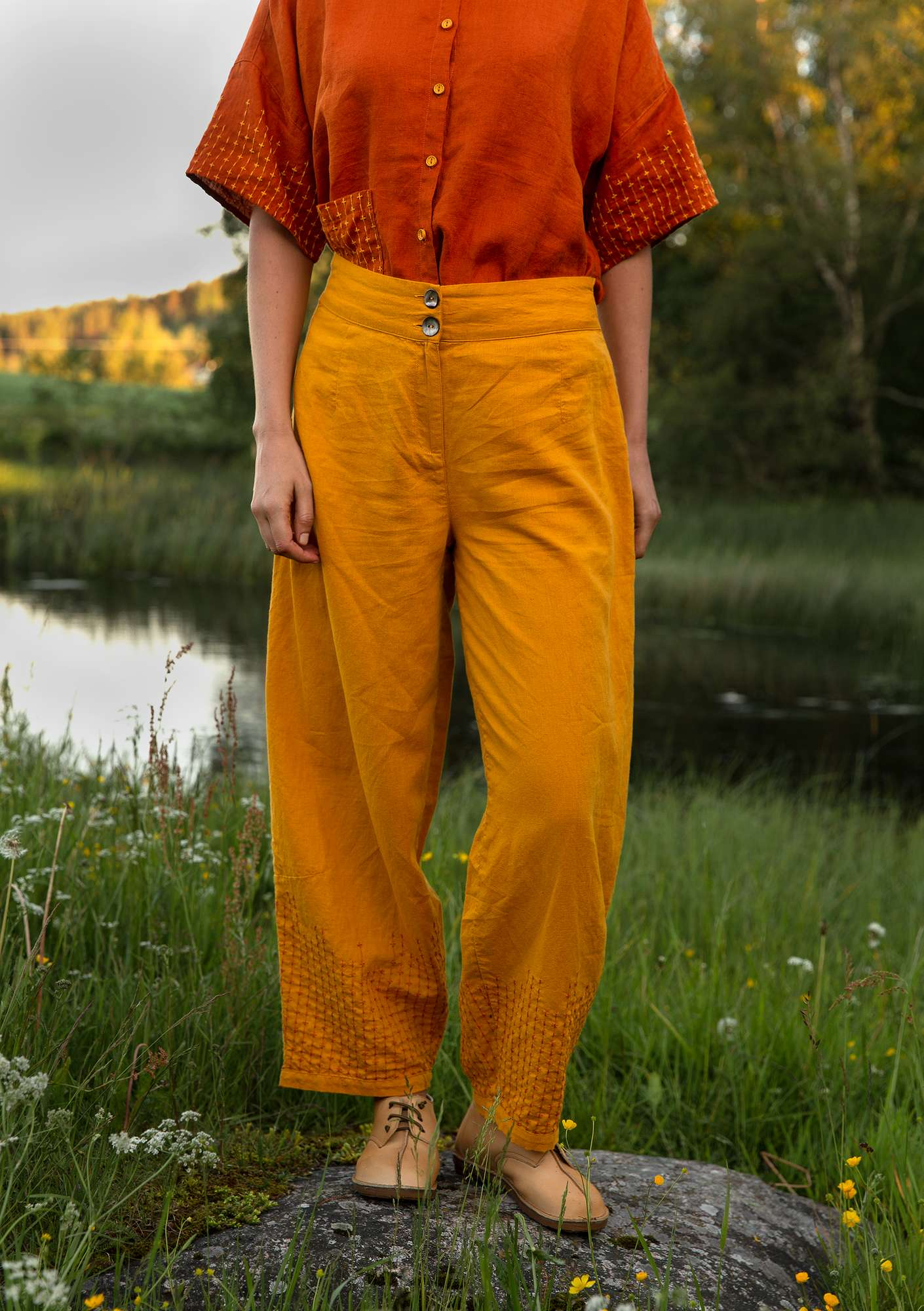 Mineral trousers goldochre