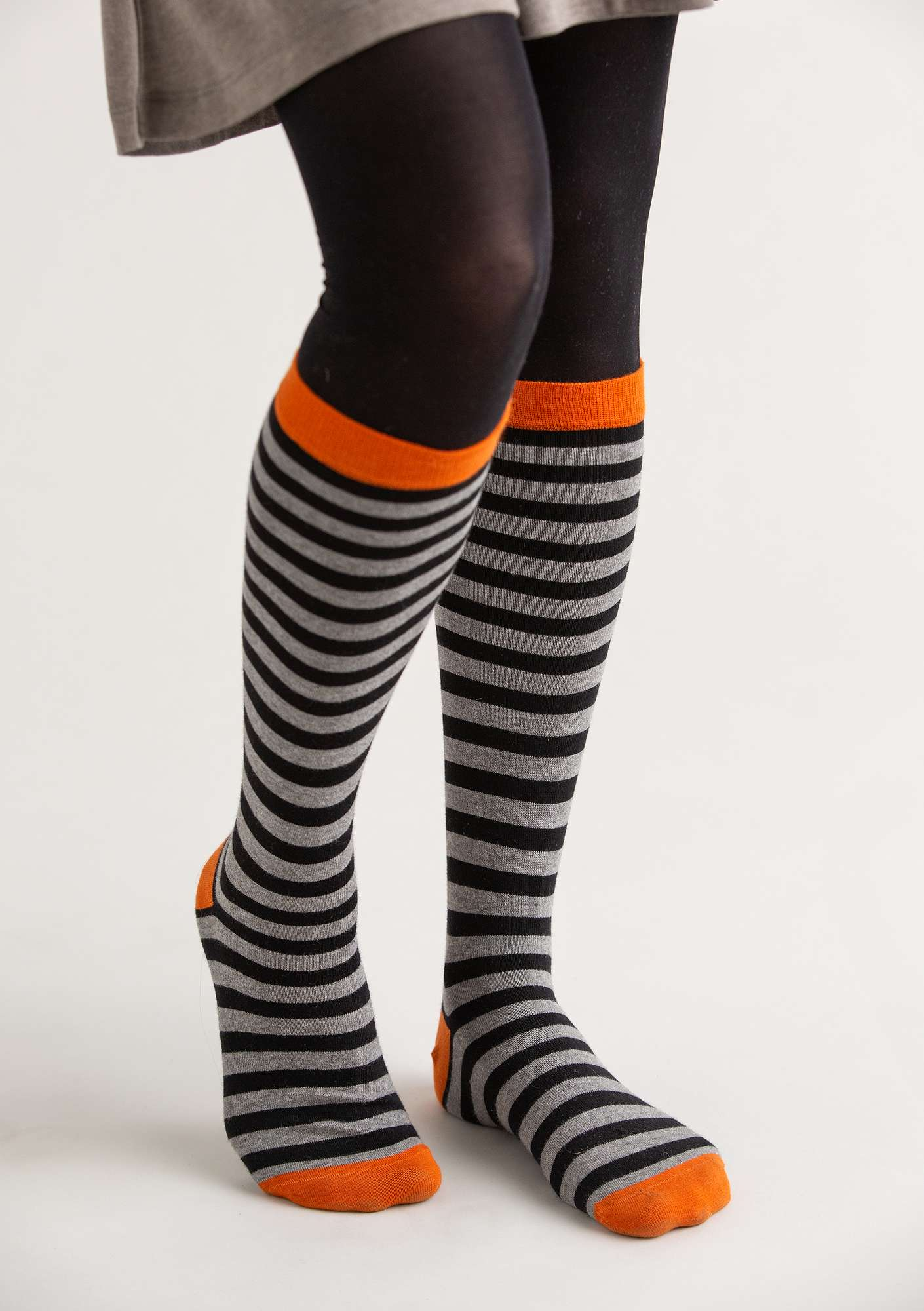 Striped knee-highs in organic cotton black/light grey melange