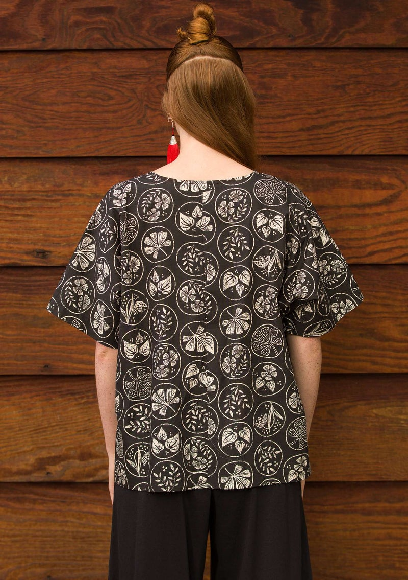 """Kusama"" blouse in organic/recycled cotton black"