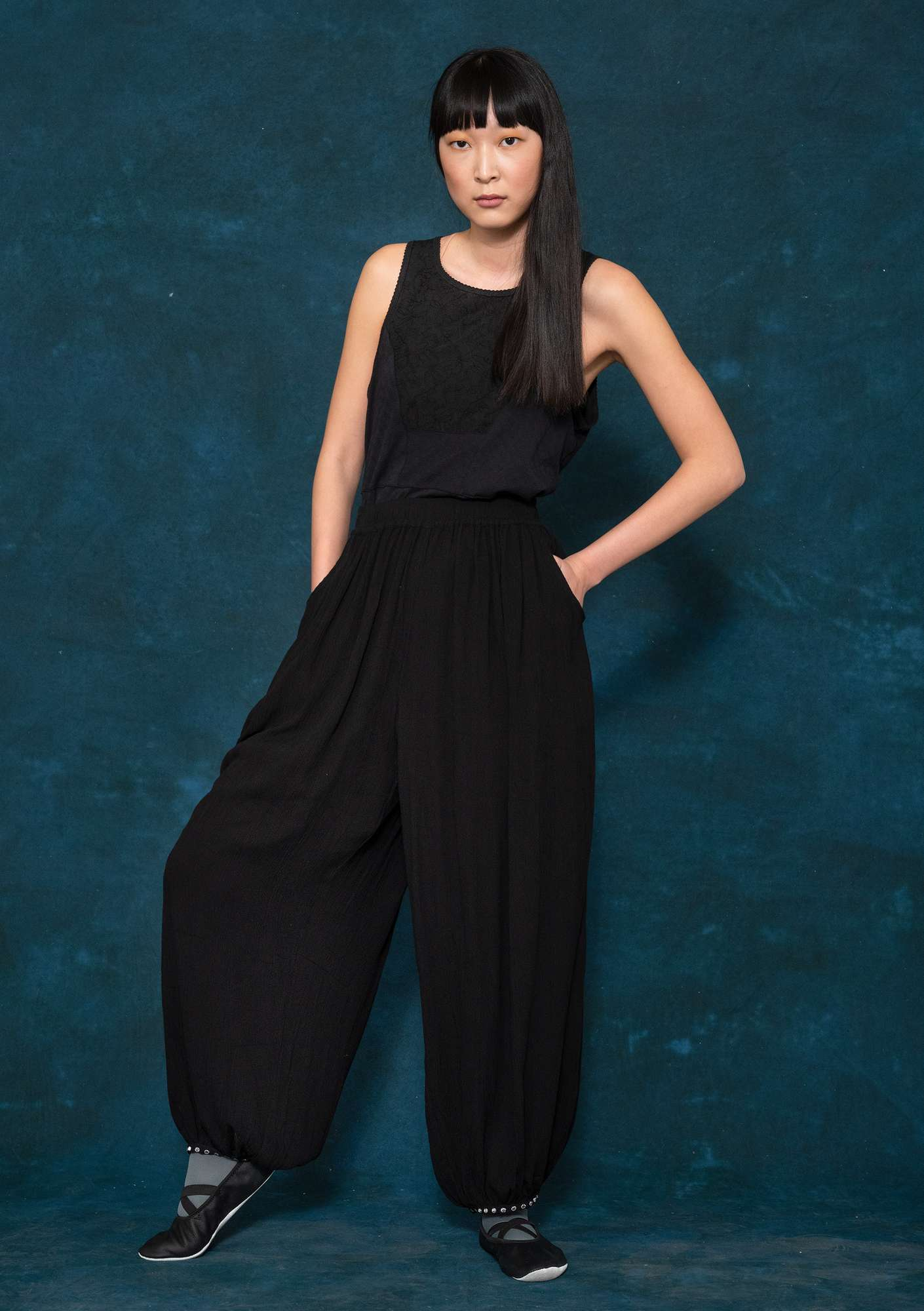Harem trousers black