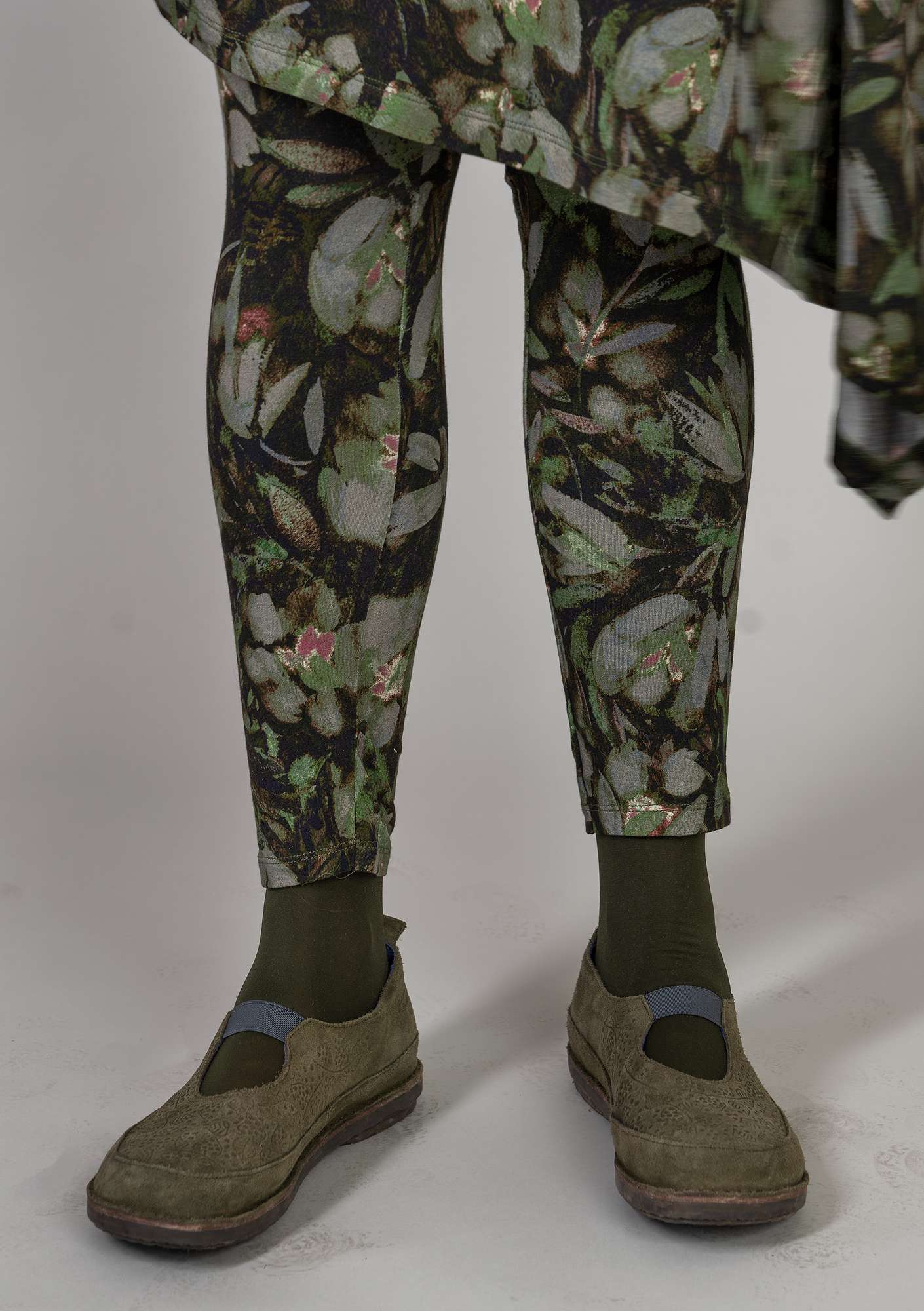 """Pensla"" leggings in micromodal/elastane clay"