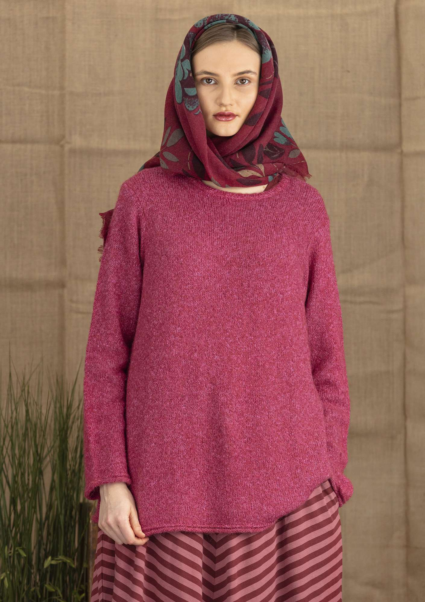 Sweater in an alpaca/cotton blend cranberry/marl