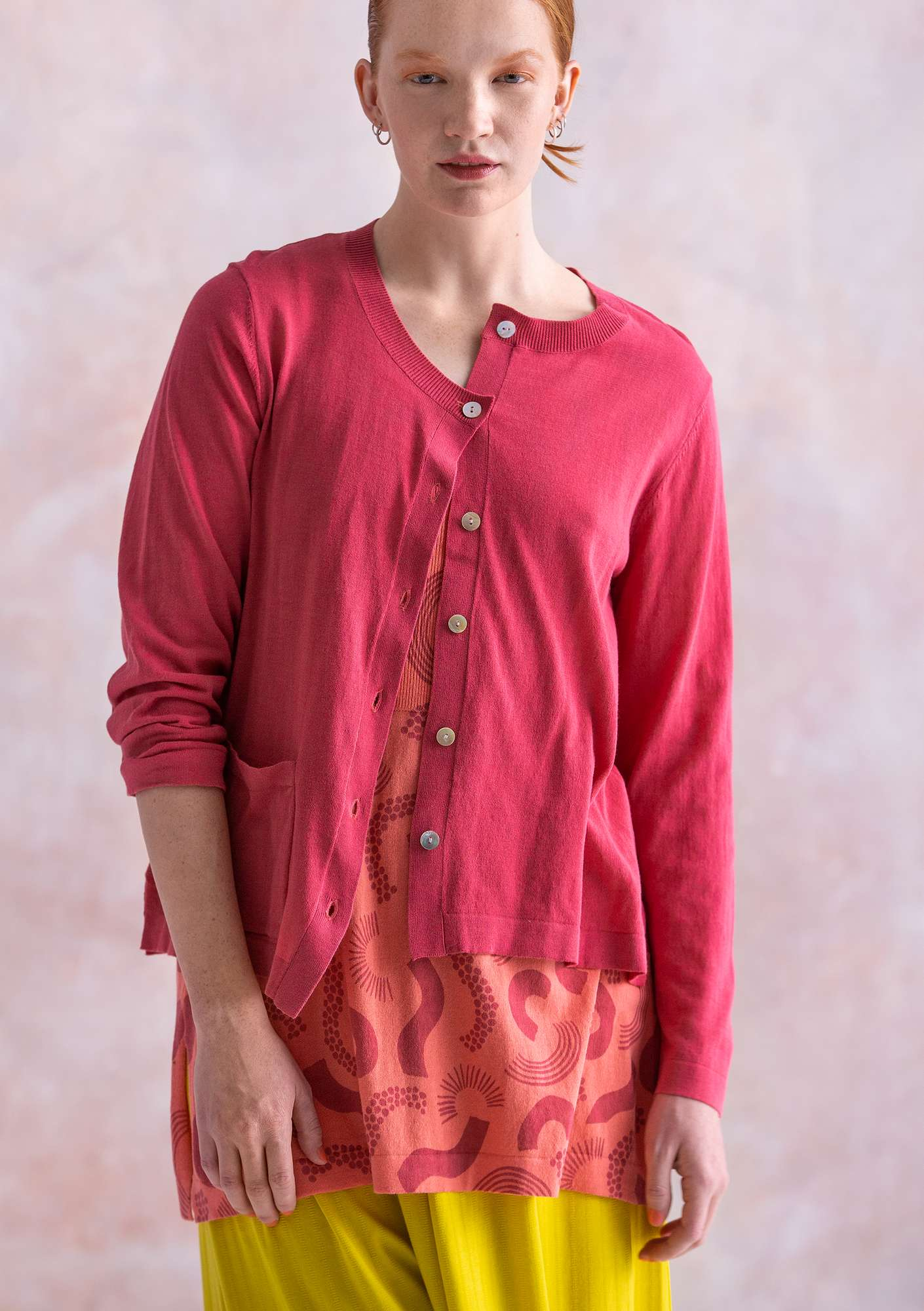 Solid-colour cardigan coral