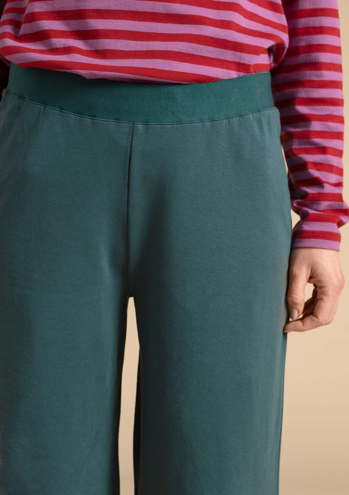 Pants in eco-cotton/modal/spandex agave