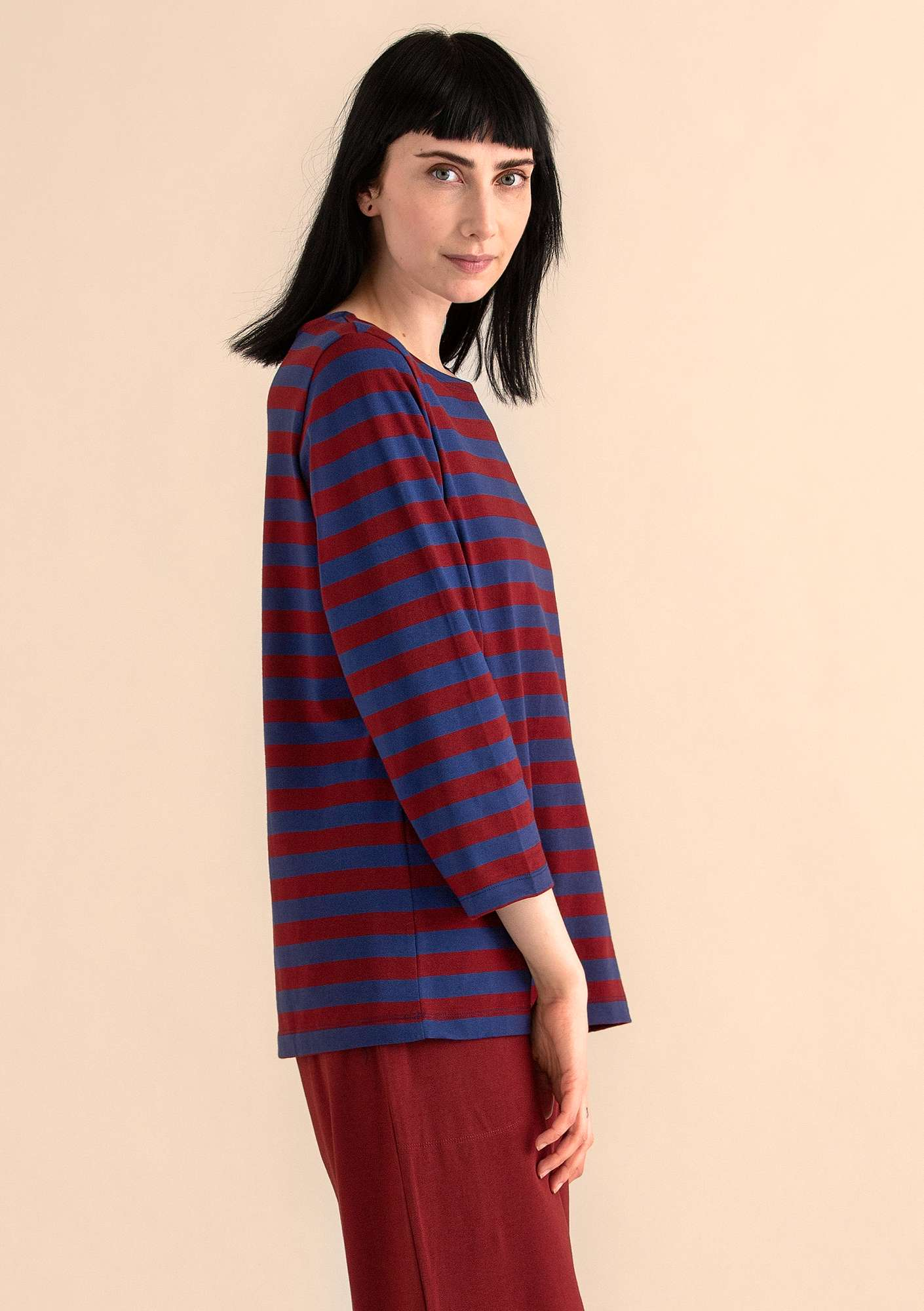 Block-striped top in eco-cotton midnight blue/agate red