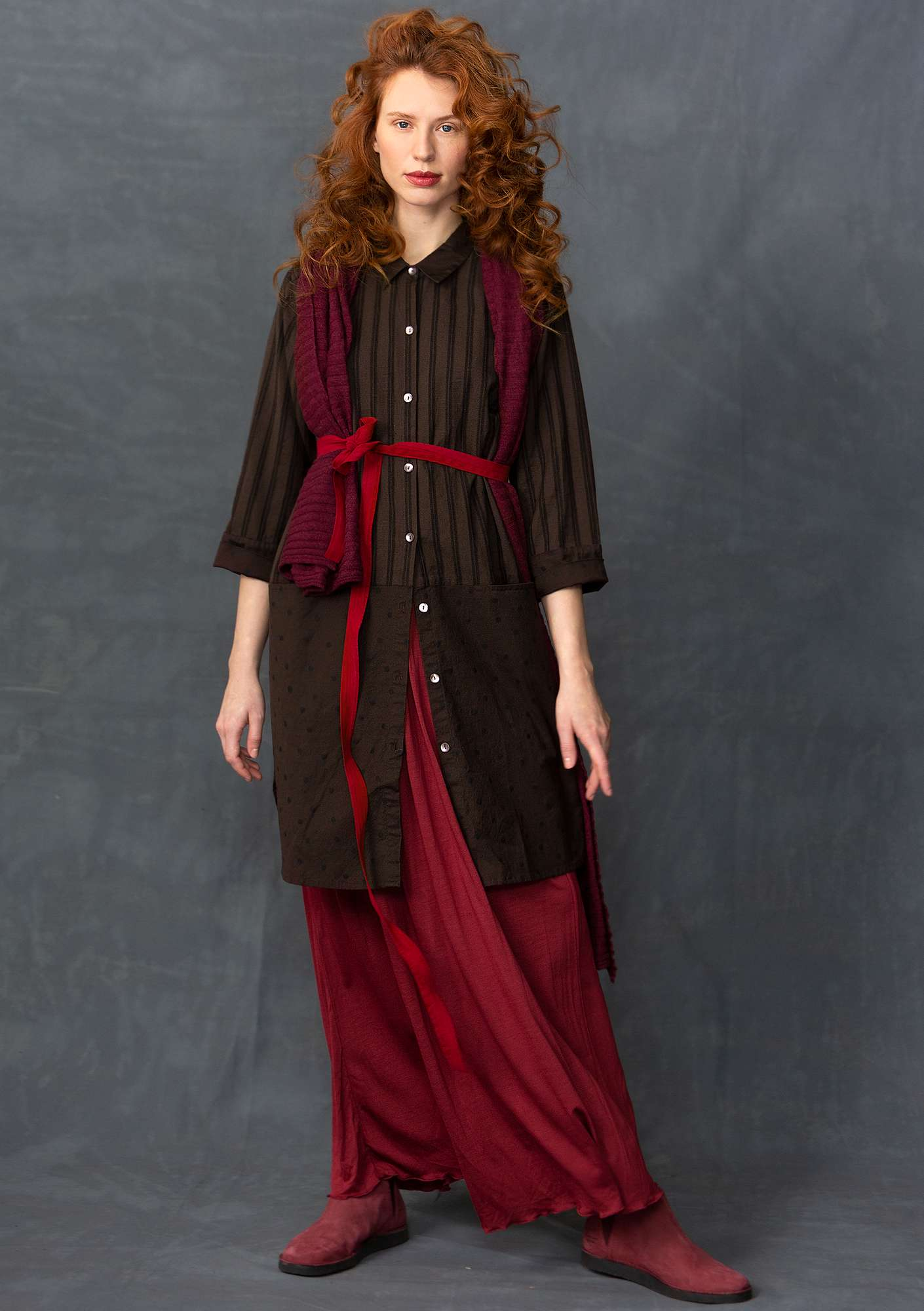 Long shirt in a cotton/linen blend mullberry
