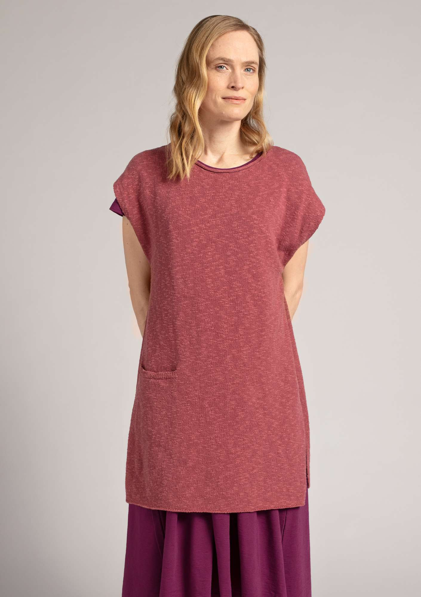 Sleeveless tunic in eco-cotton/linen fig