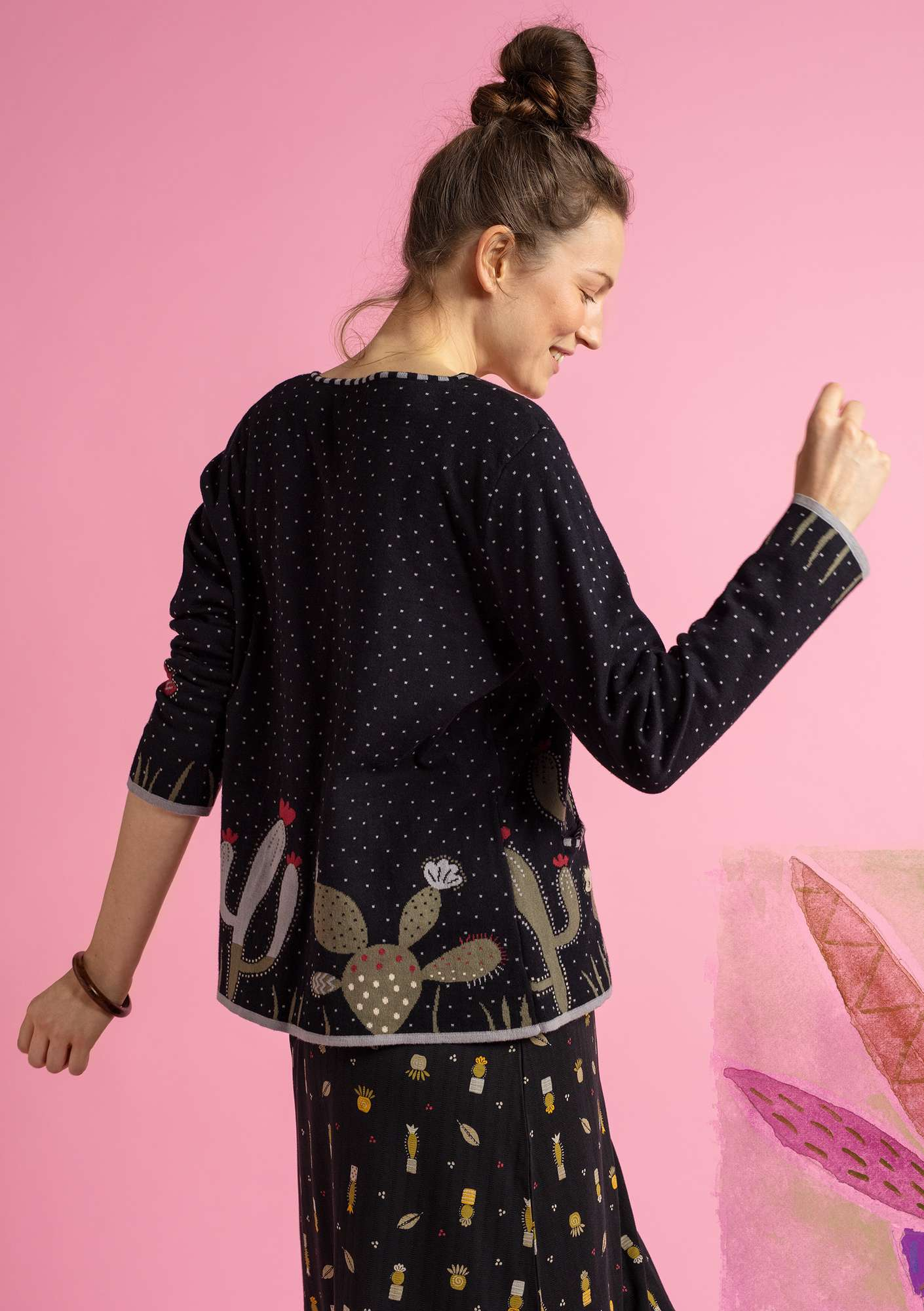 """Cactus"" cardigan in eco-cotton black"