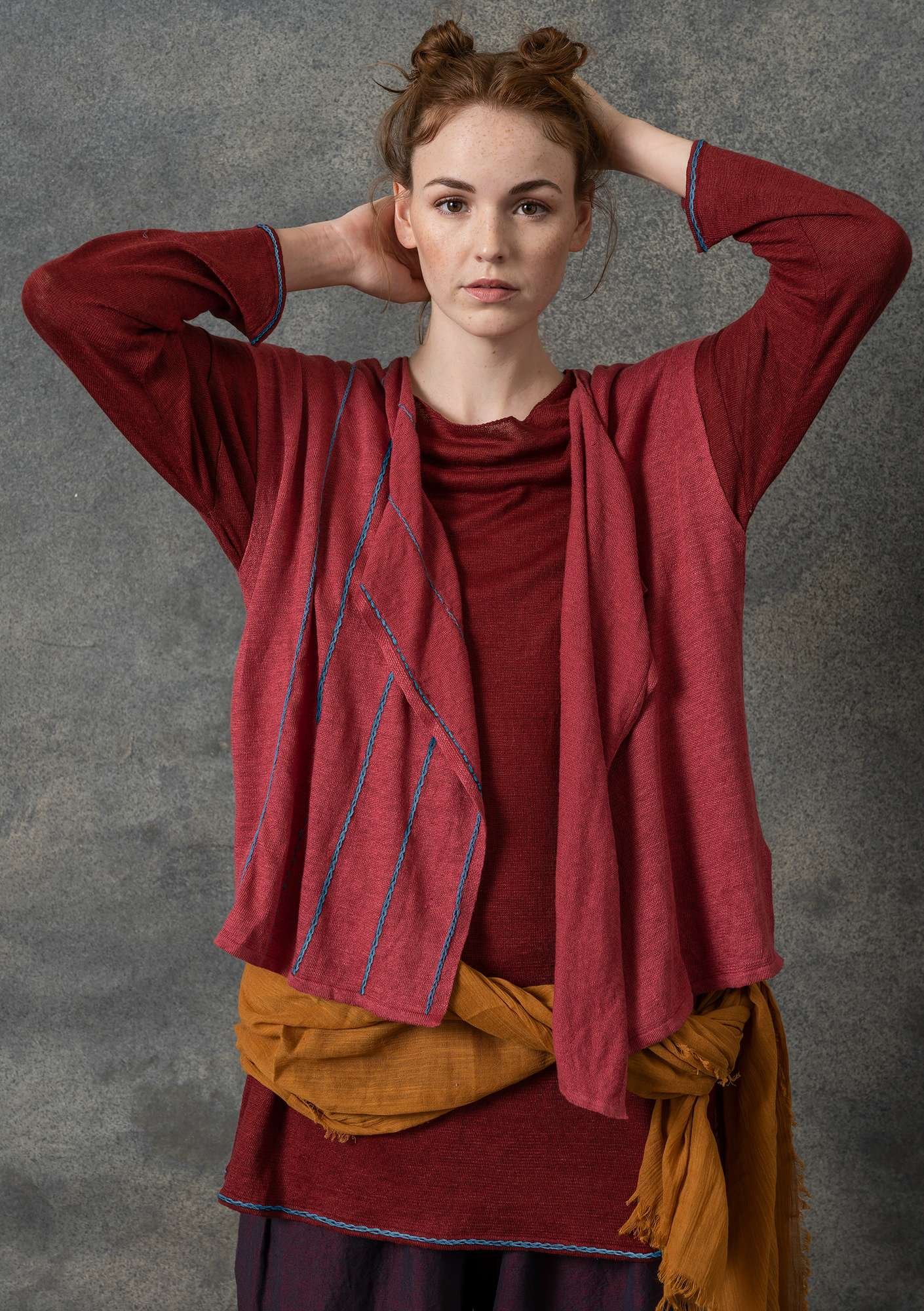 Organic linen waistcoat with embroidery  rosewood