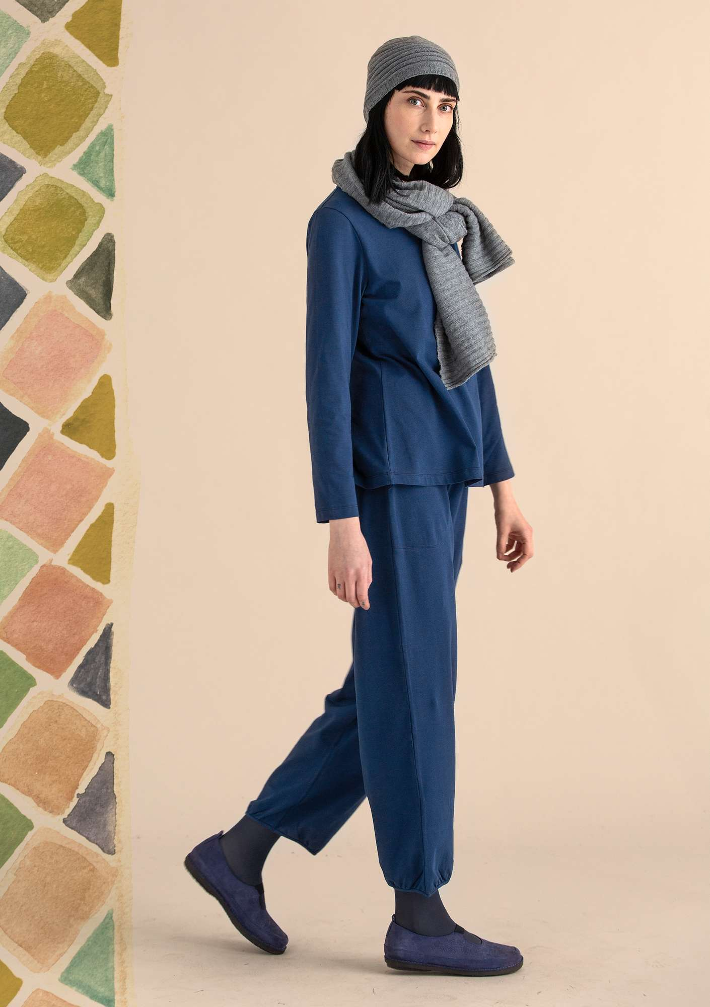 Trousers in organic cotton/elastane midnight blue