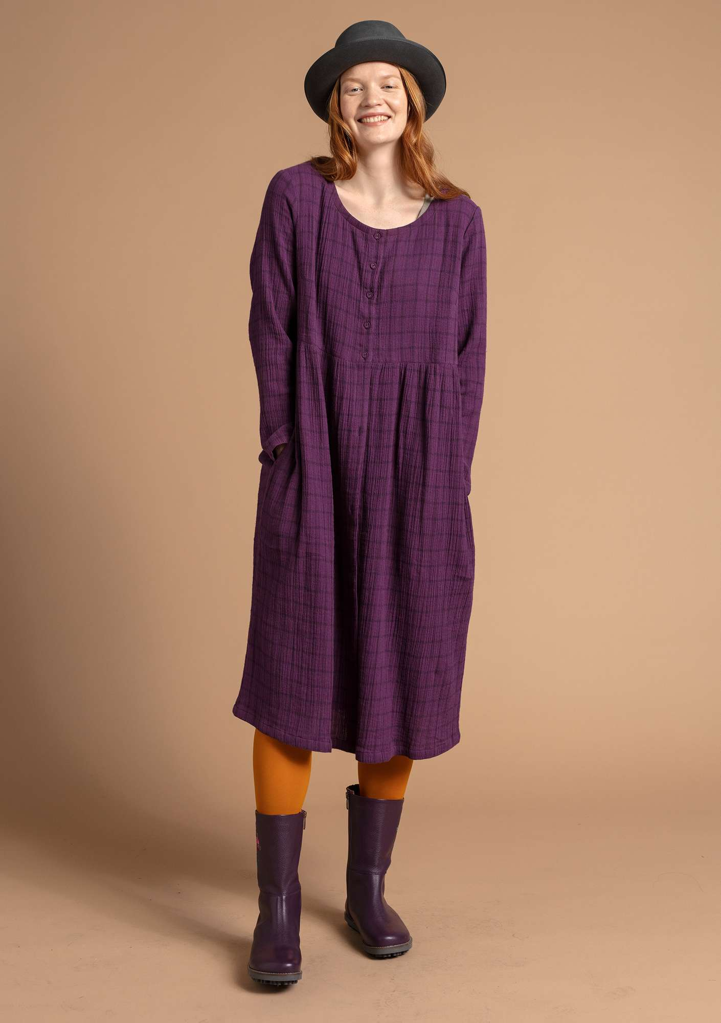 Dress in organic cotton allium