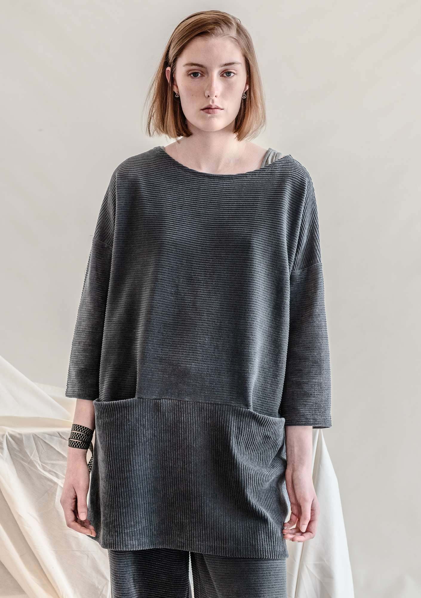 Jersey tunic in corduroy velour ash gray
