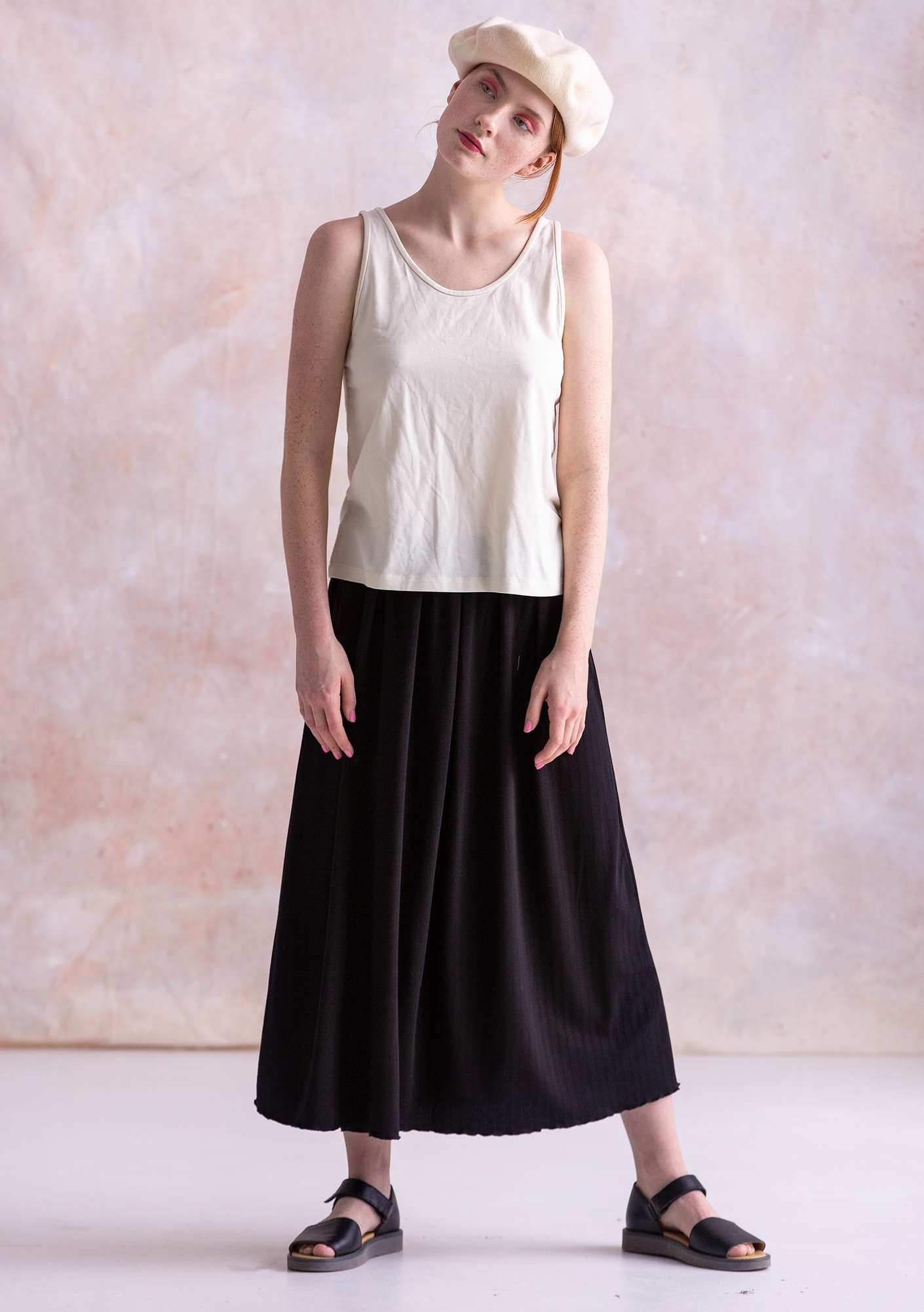 Skirt in micromodal/spandex black