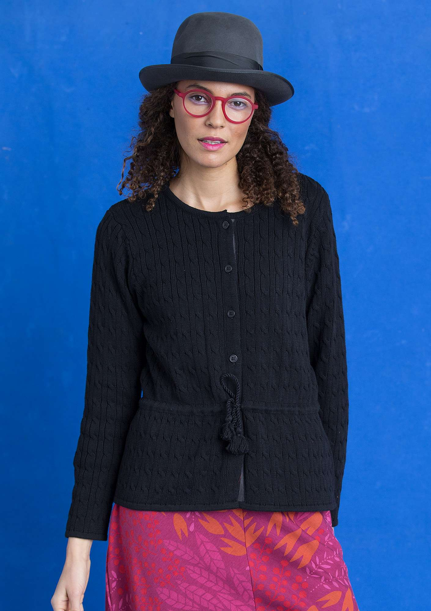 Cable-knit eco-cotton cardigan black