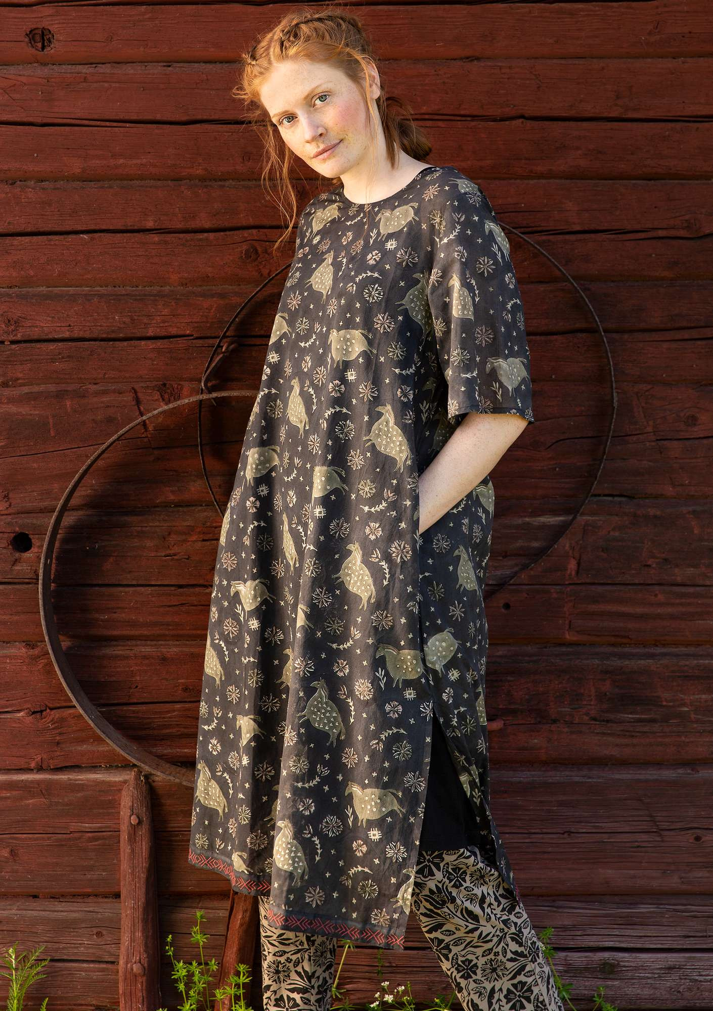 Robe Ghoda black