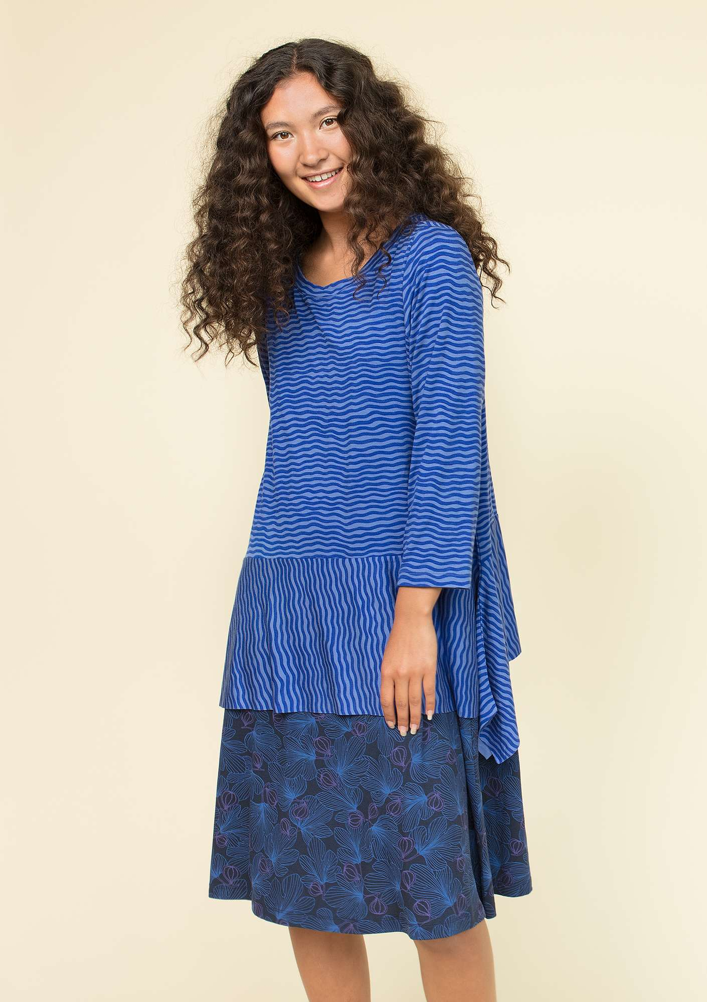 """Krusa"" tunic in lyocell/spandex klein blue"