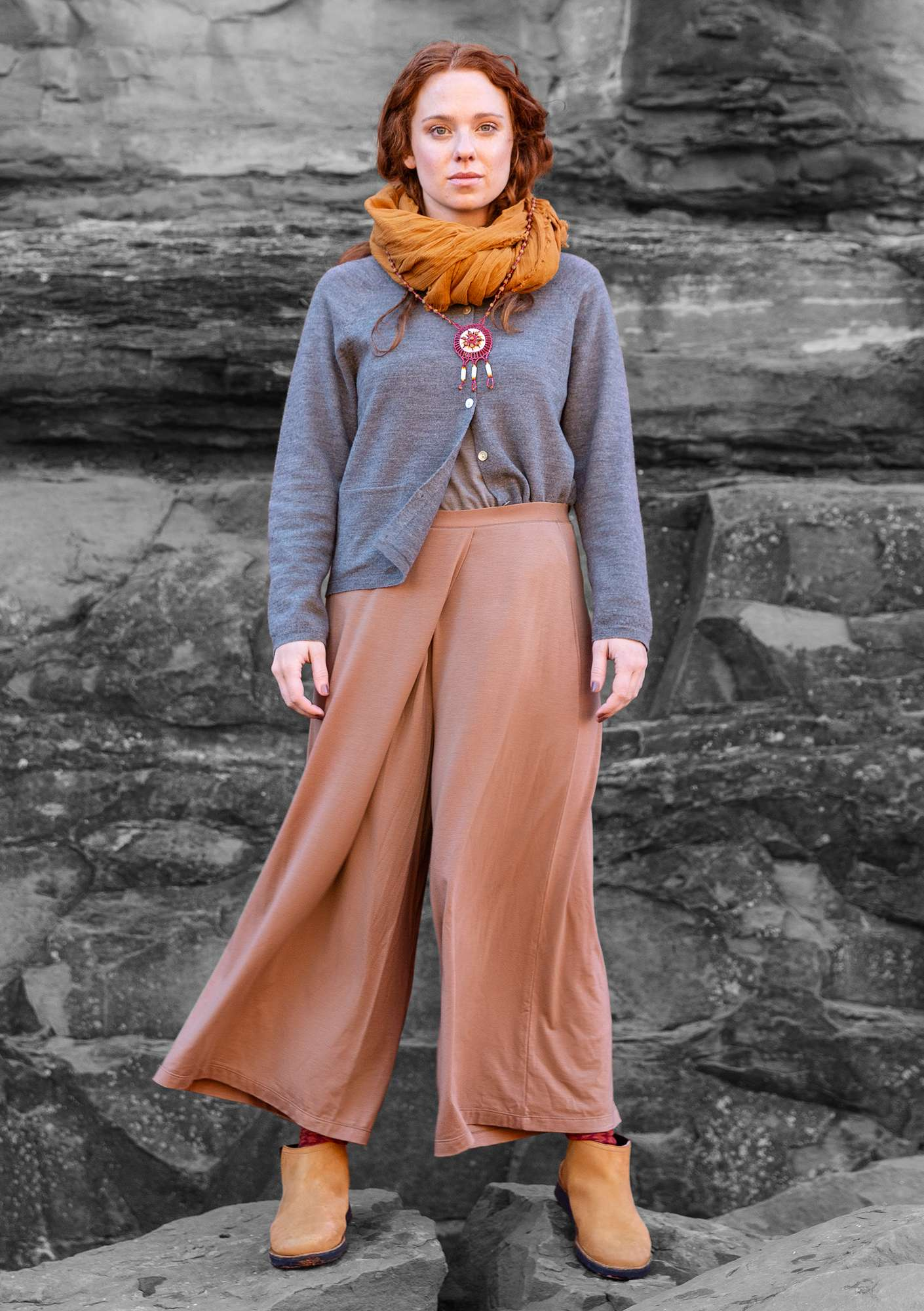 """Paradise"" trousers in lyocell/elastane cocoa"