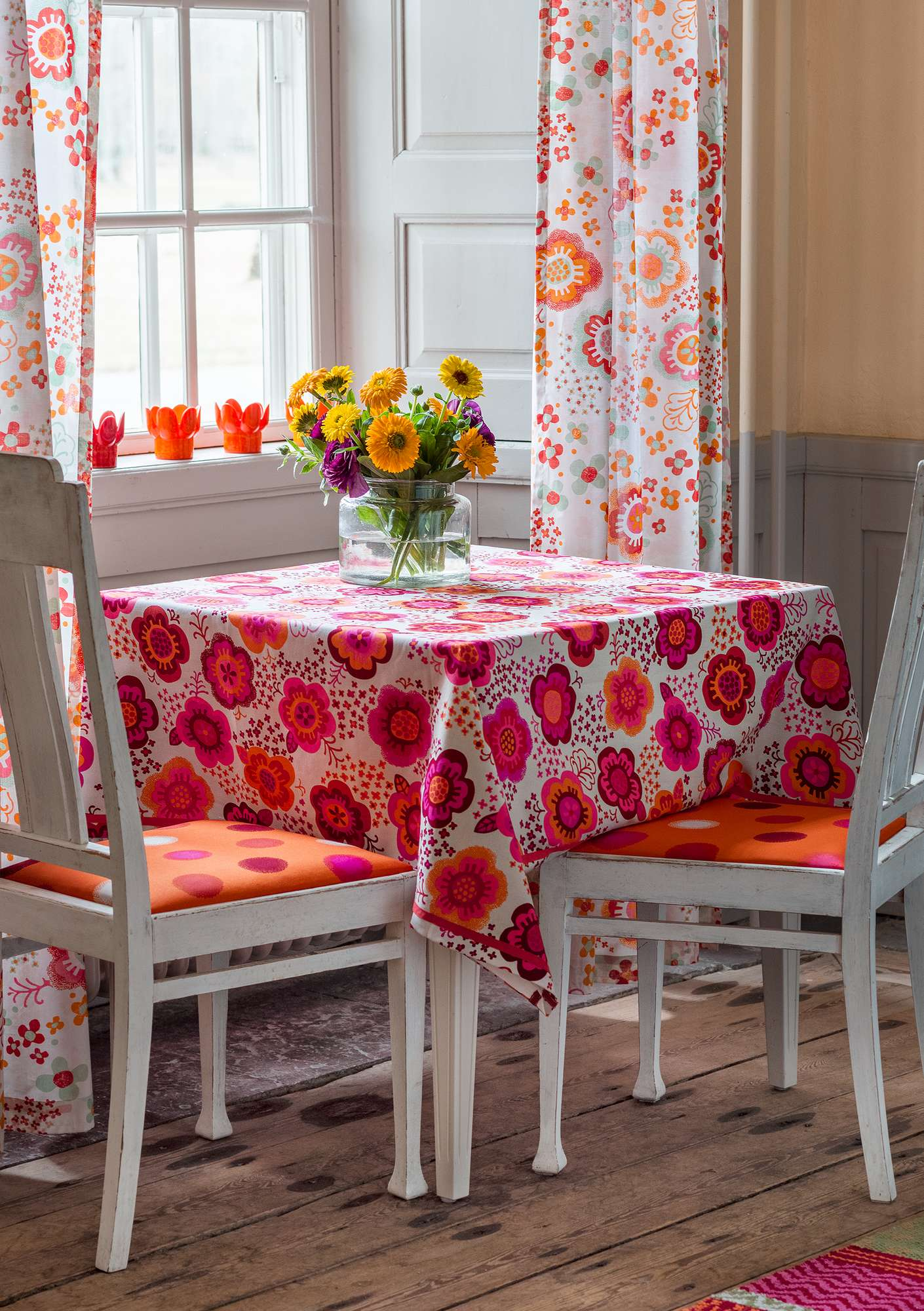 """Lizzie"" eco-cotton tablecloth natural"