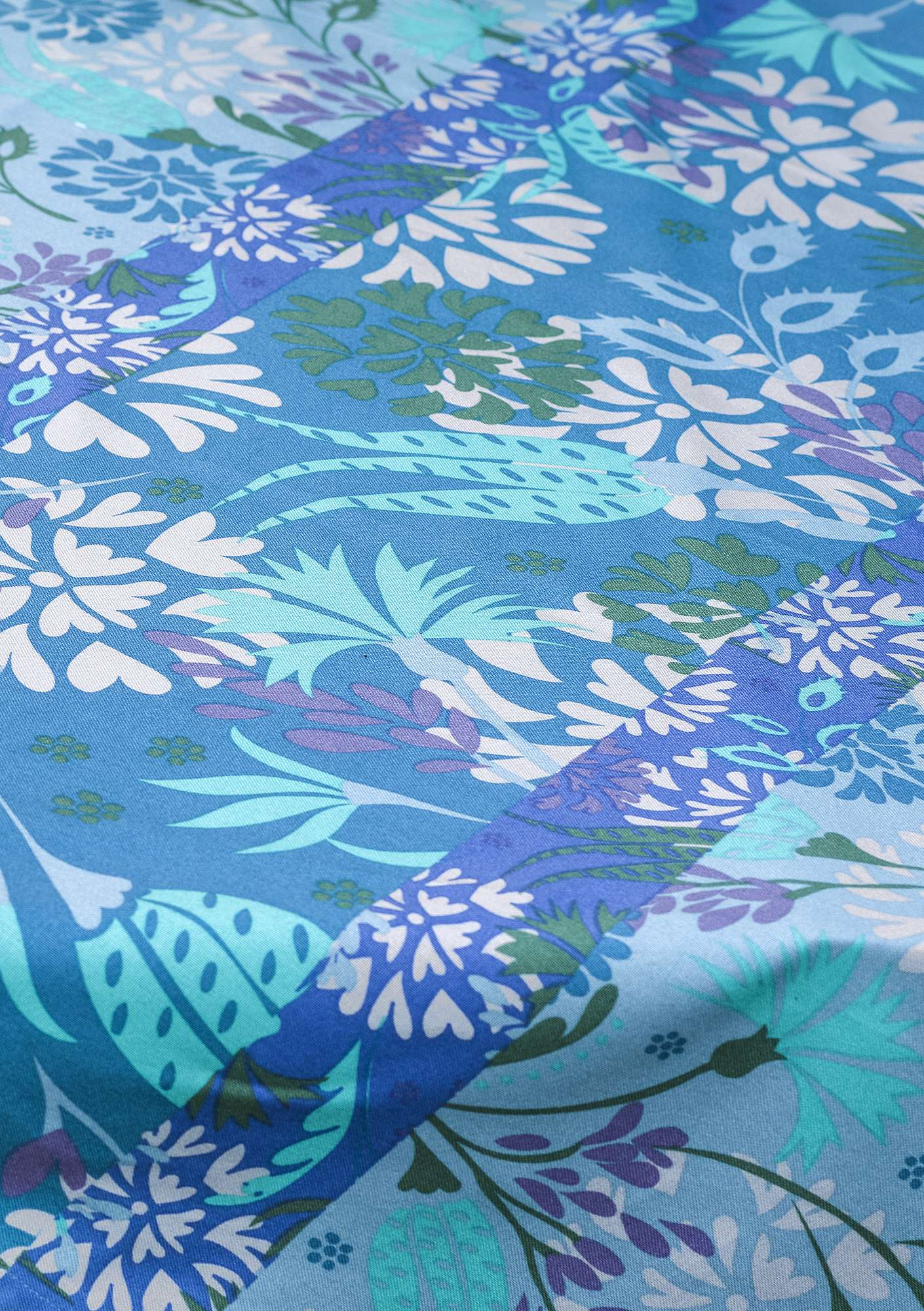 """Fiesta"" yard goods in eco-cotton medium blue"