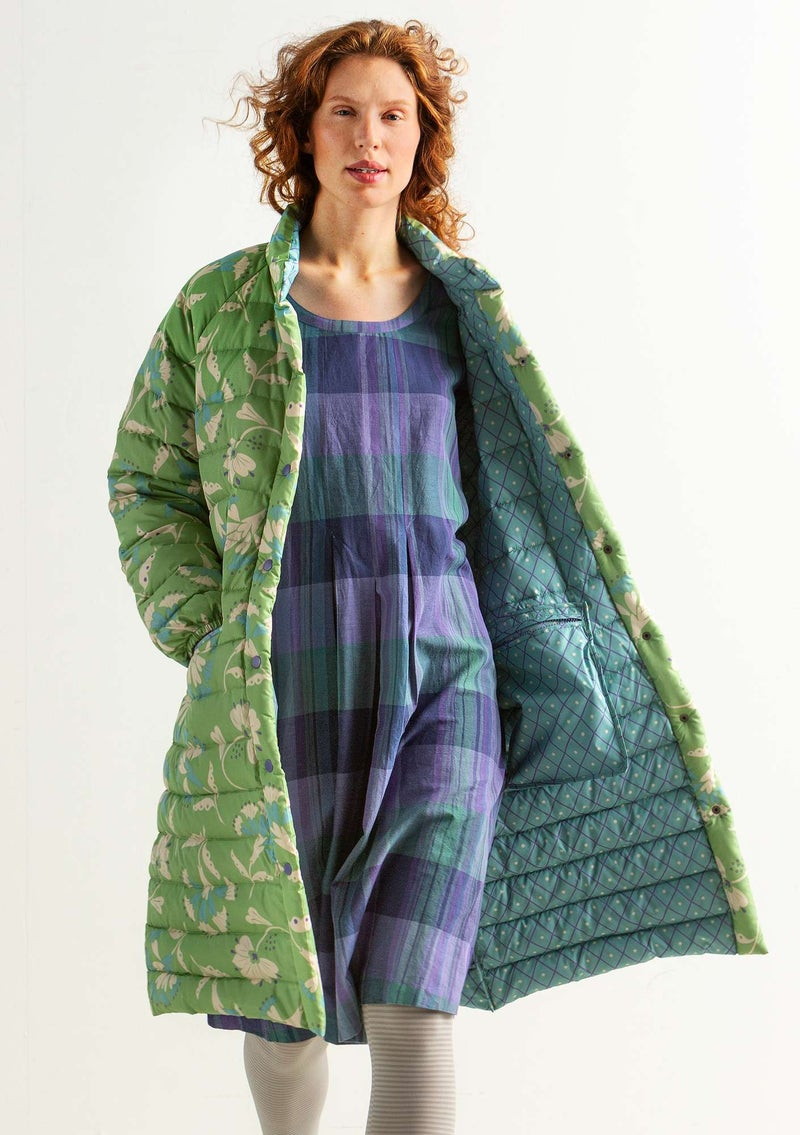 """Crocus"" down coat in recycled polyester/recycled down cicada"