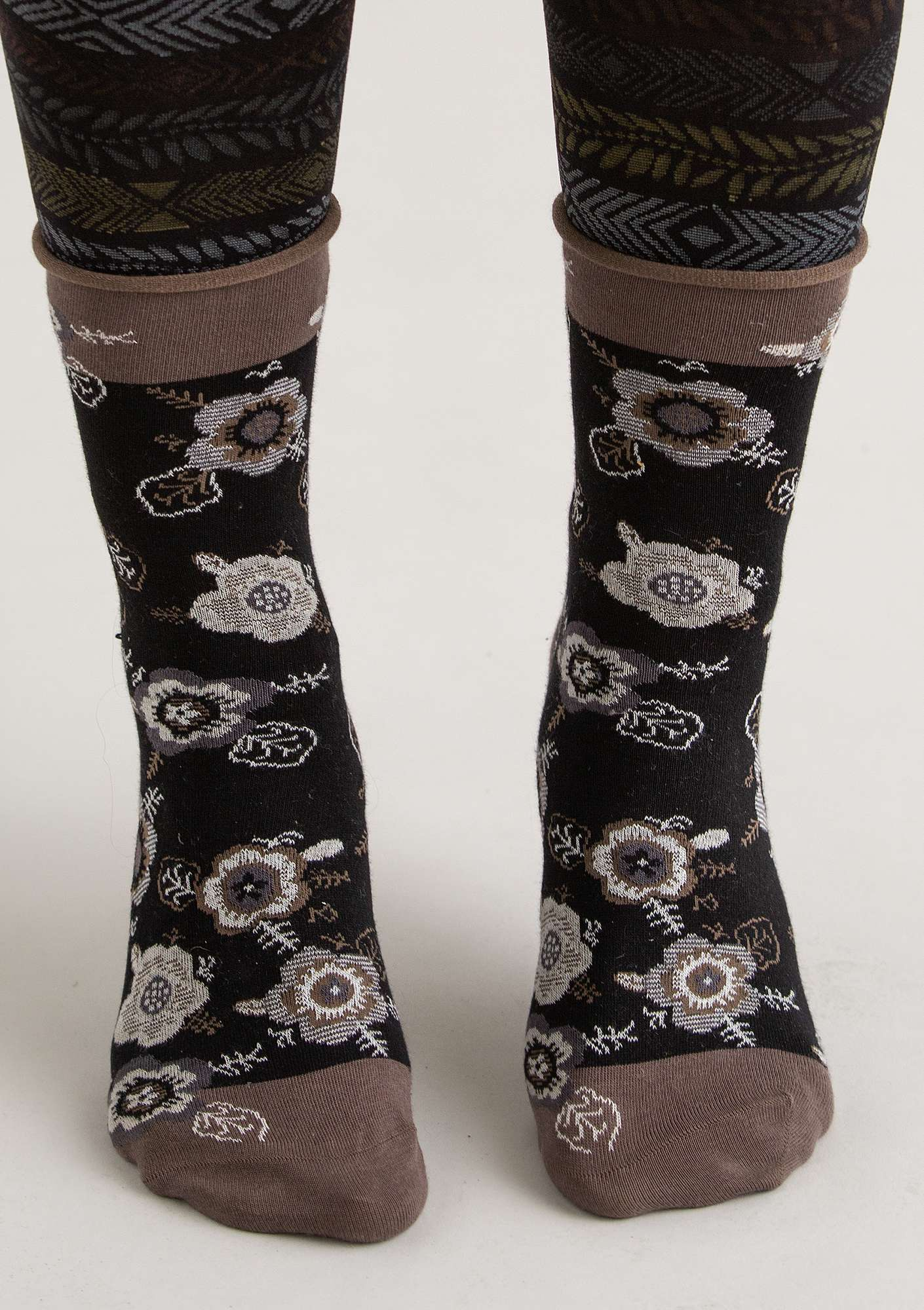"""Liz"" socks in eco-cotton black"