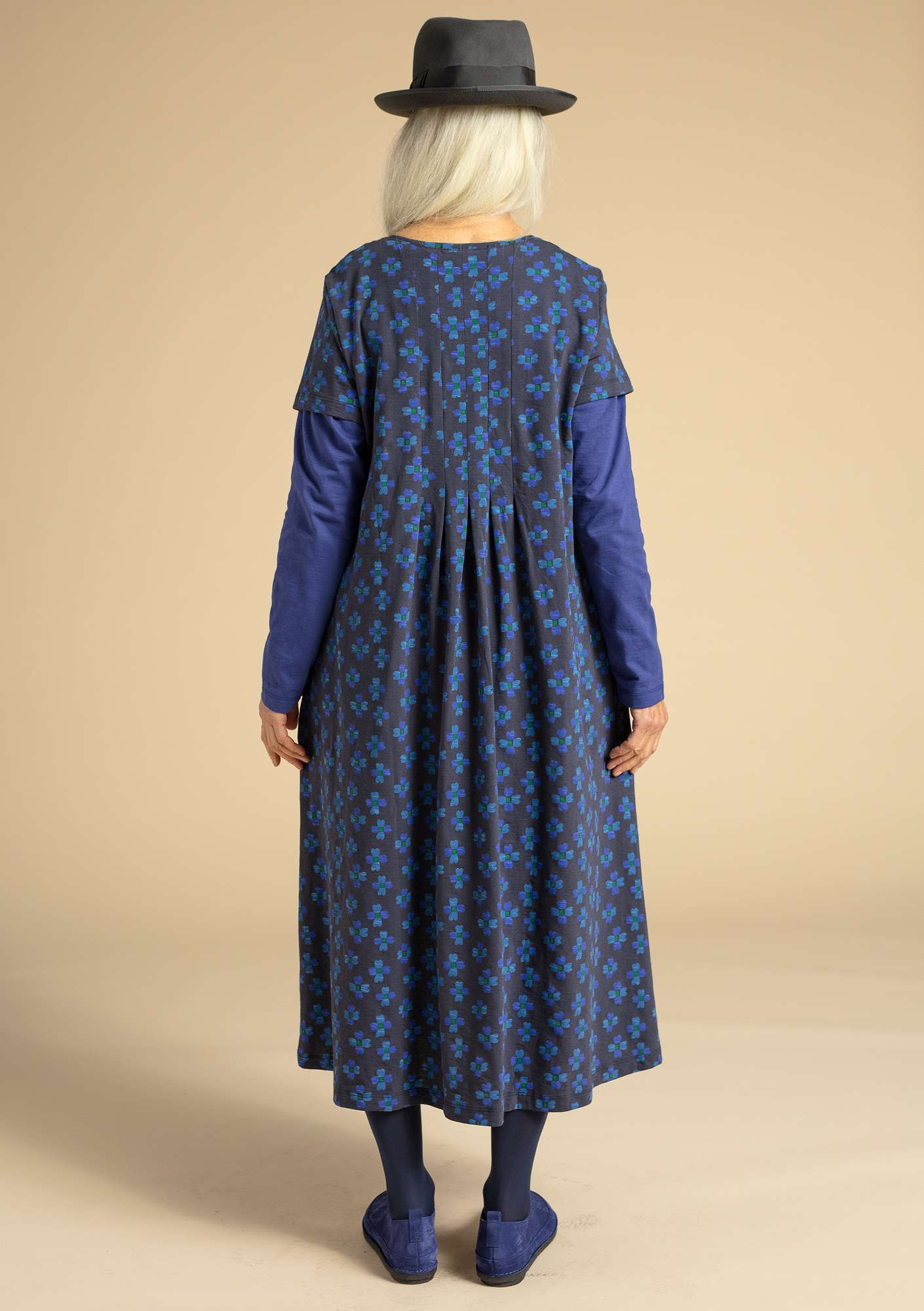 """Livia"" dress in organic cotton ink blue/patterned"