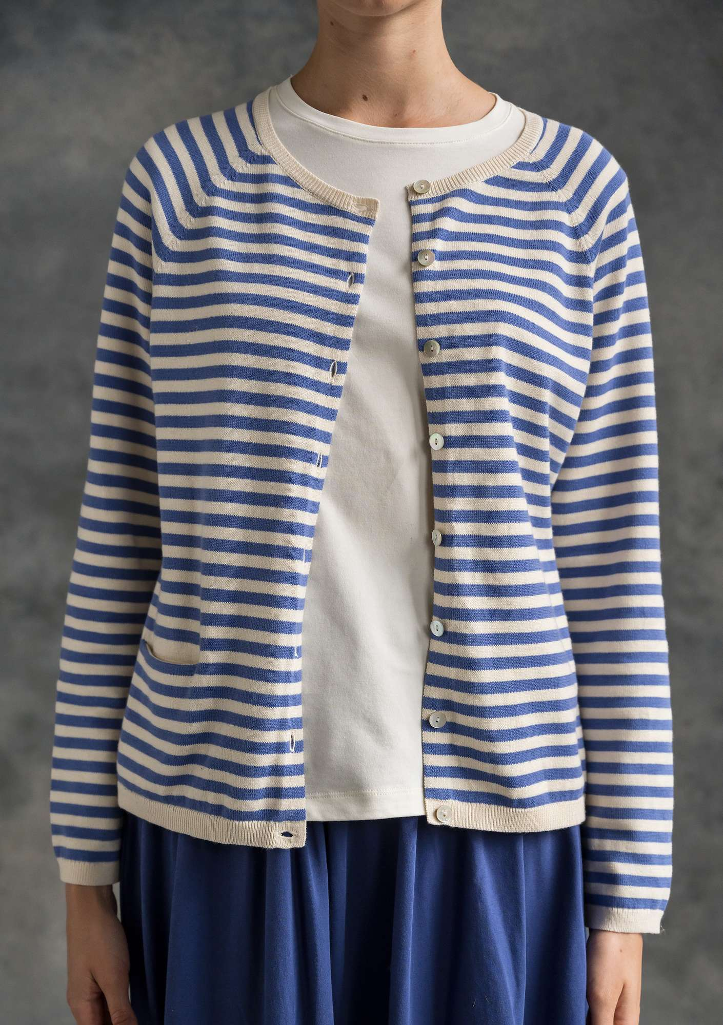 Brilliant organic cotton cardigan sky blue/unbleached