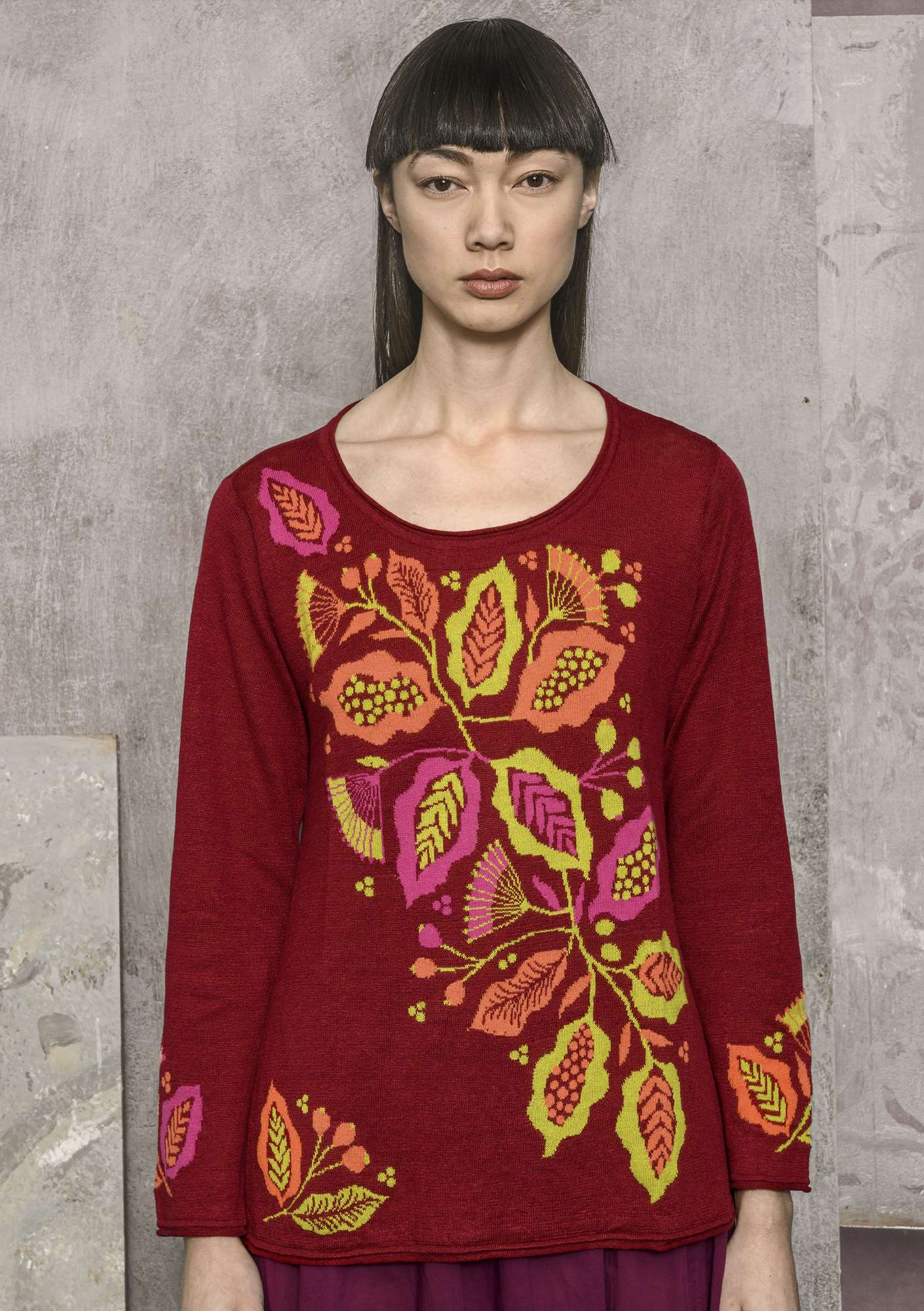 """Flamenco"" sweater crafted from organic linen/recycled cotton cranberry"
