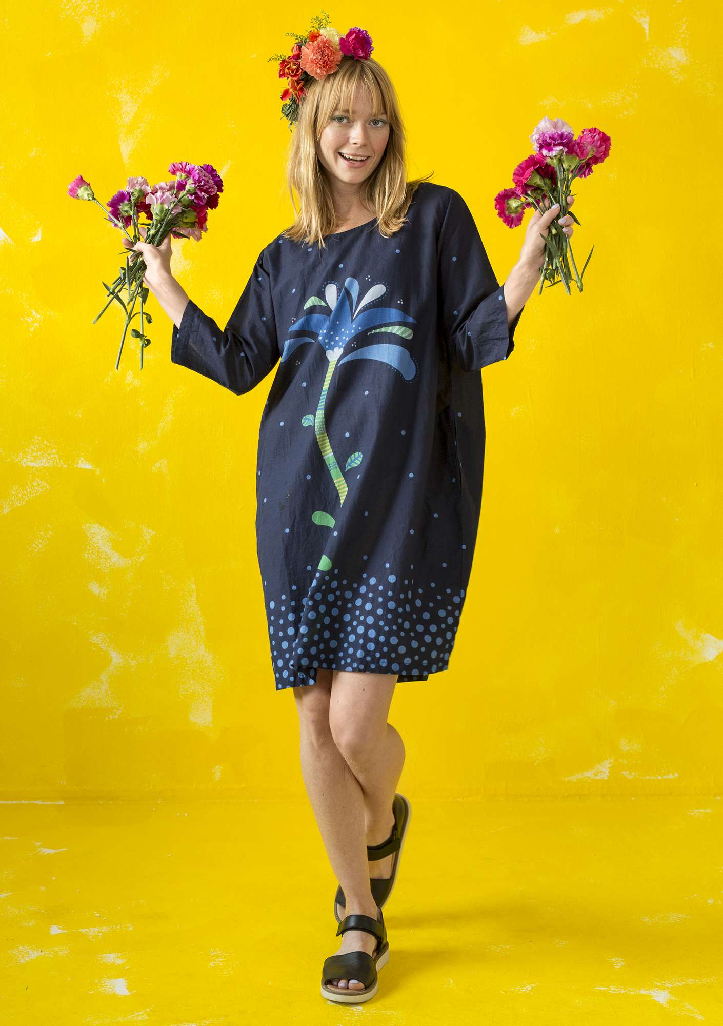 """Stora Frö"" dress in eco-cotton dark indigo"