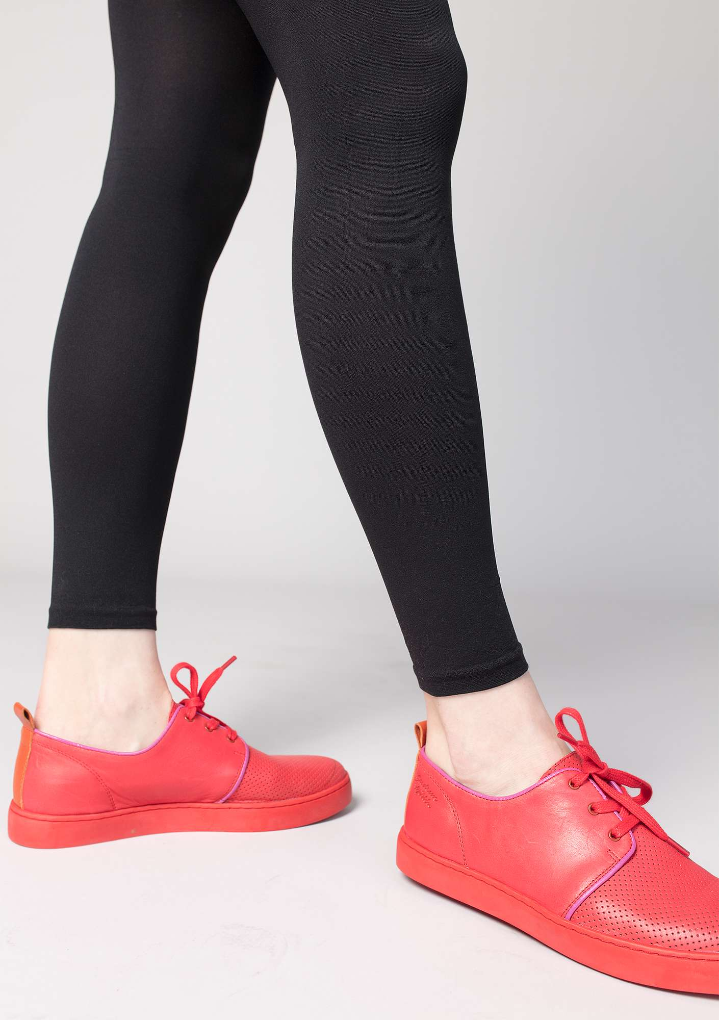 Nappa trainers bright red