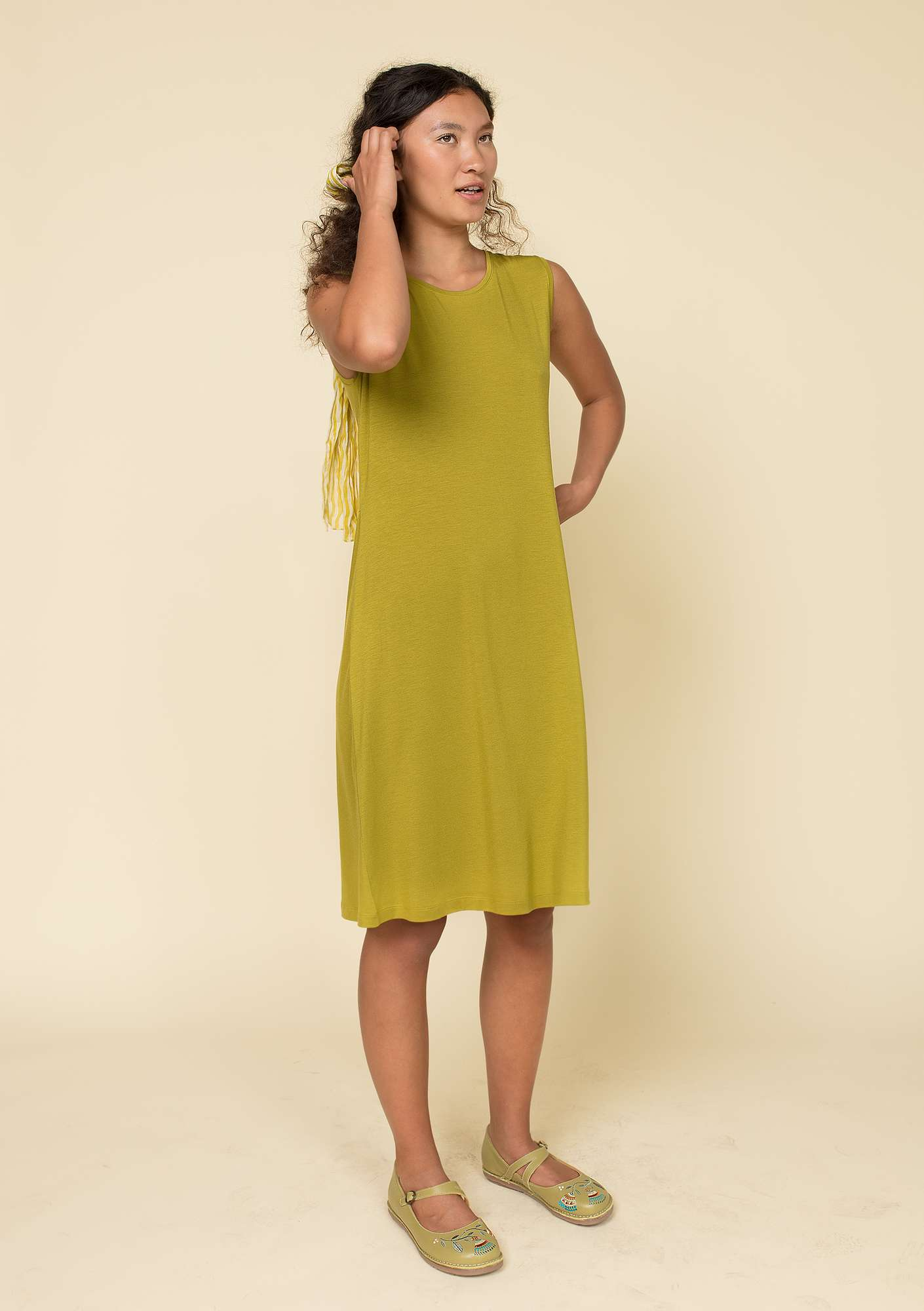 """Krusa"" dress in lyocell/spandex guava"