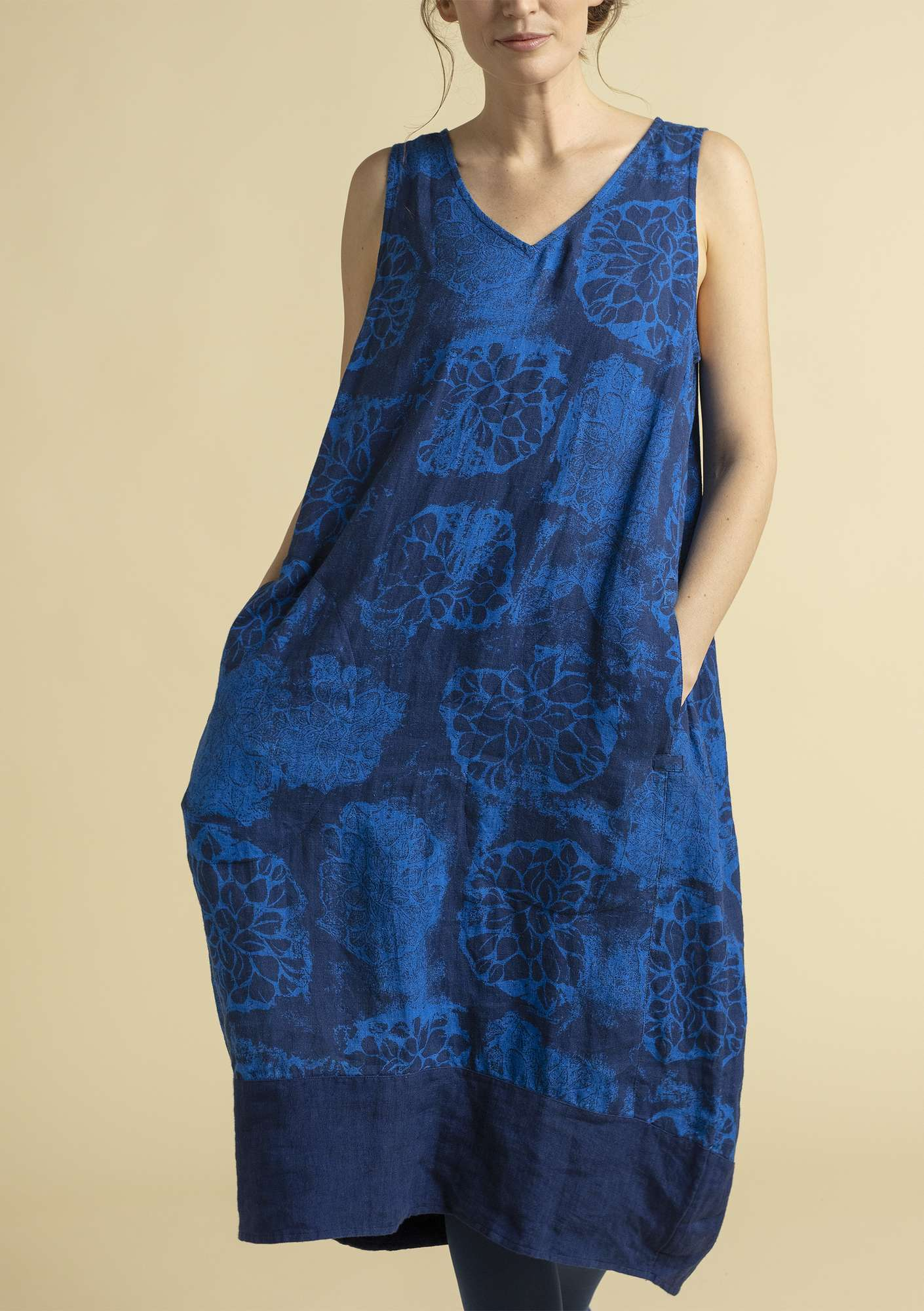 """Claudia"" linen dress porcelain blue"