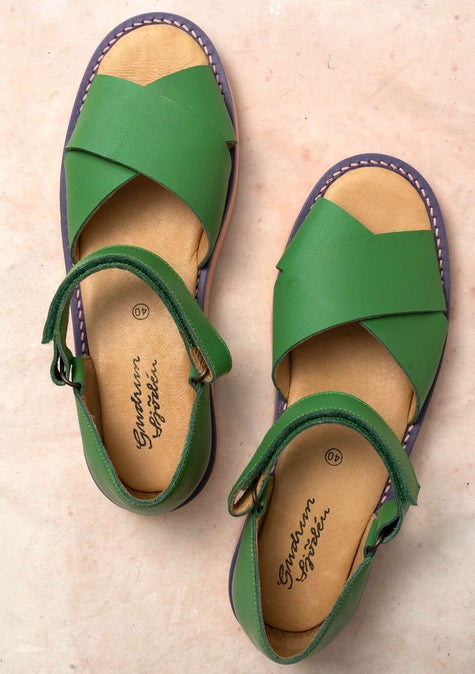 Sandal in nappa lotus green