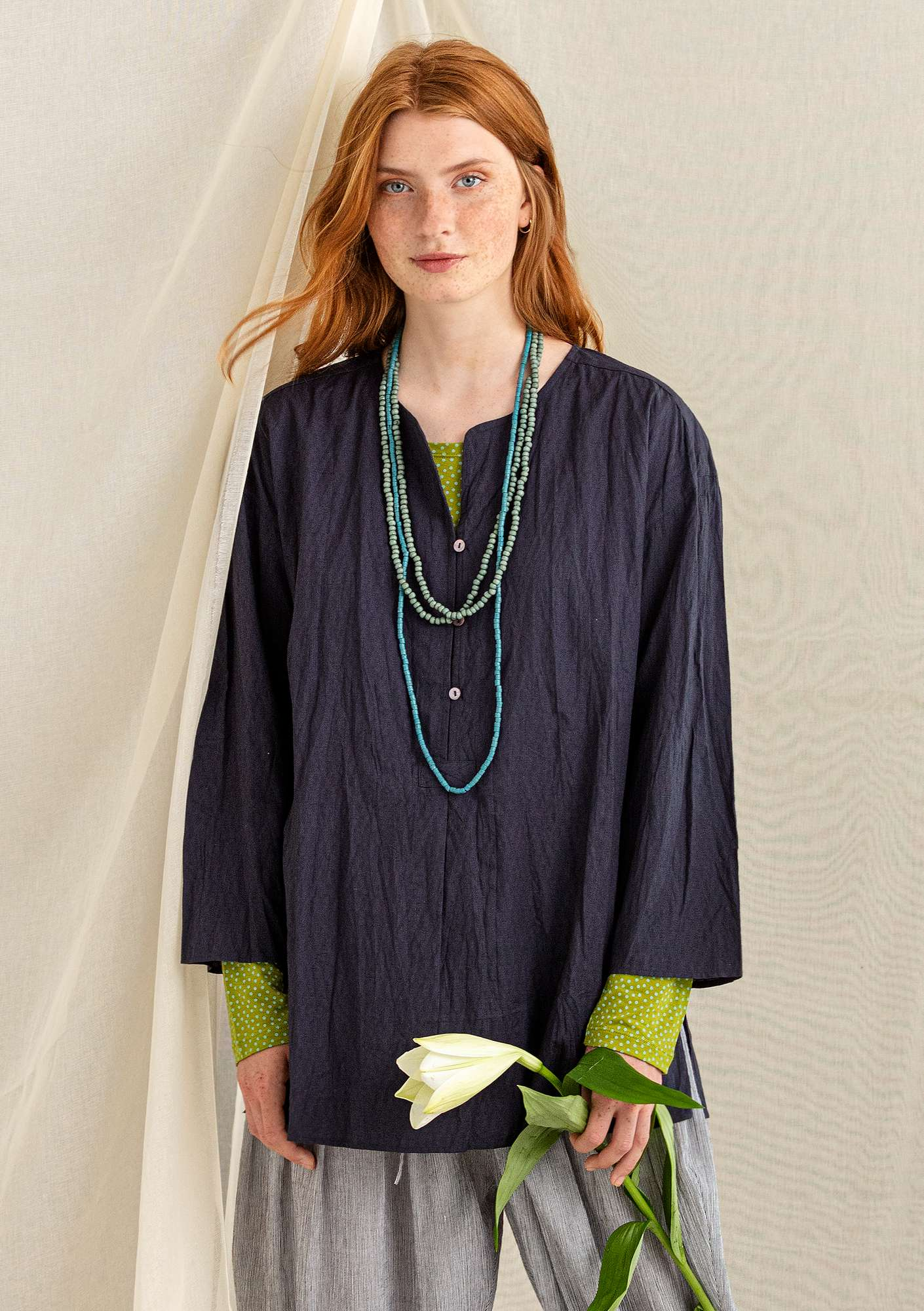 Tunic in organic cotton/linen ink blue