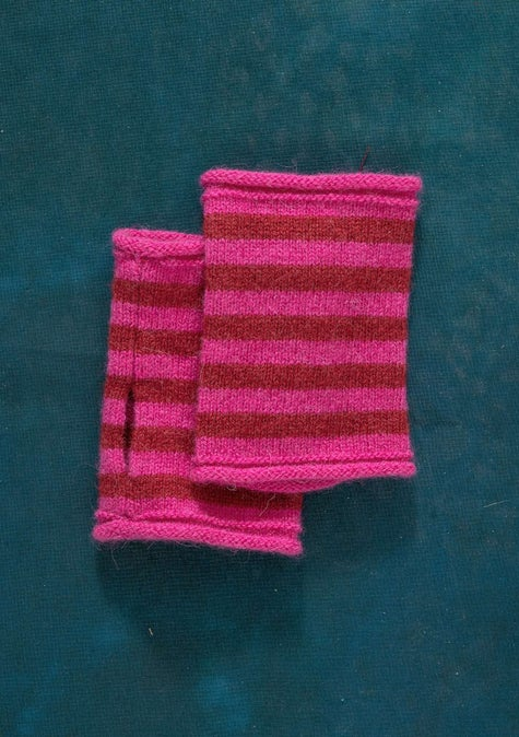 Knit fingerless gloves cerise/cranberry