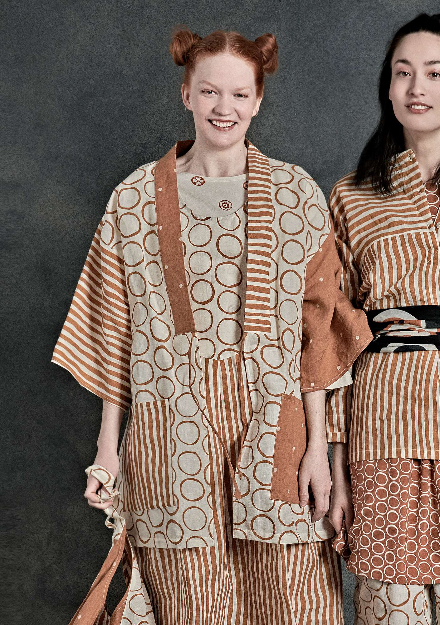 "f49231466c31 ""Matsumoto"" kimono in linen/cotton ecru/burnt sienna. """