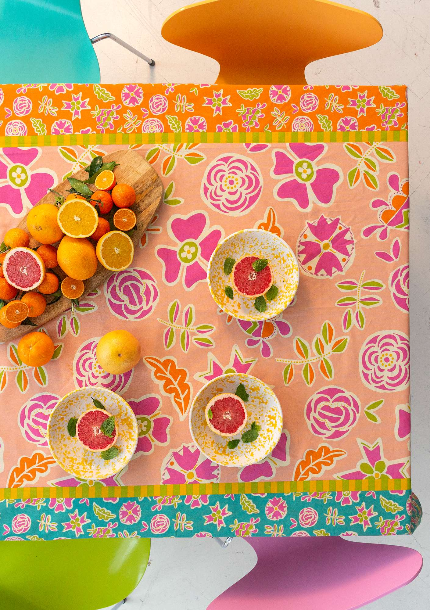 """Pomegranate"" tablecloth in organic cotton peony"