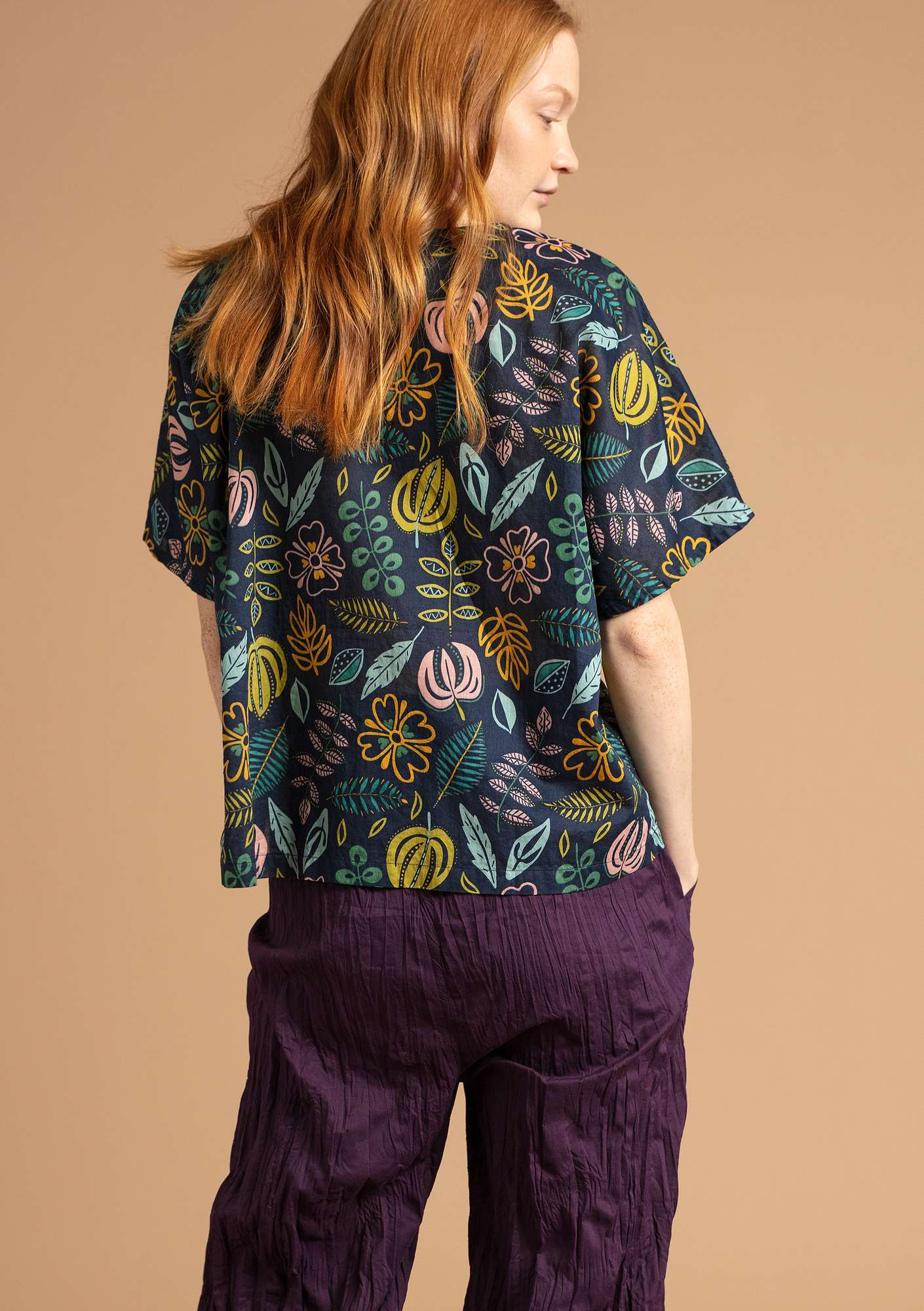 """Rigmor"" blouse in eco-cotton blue/patterned"