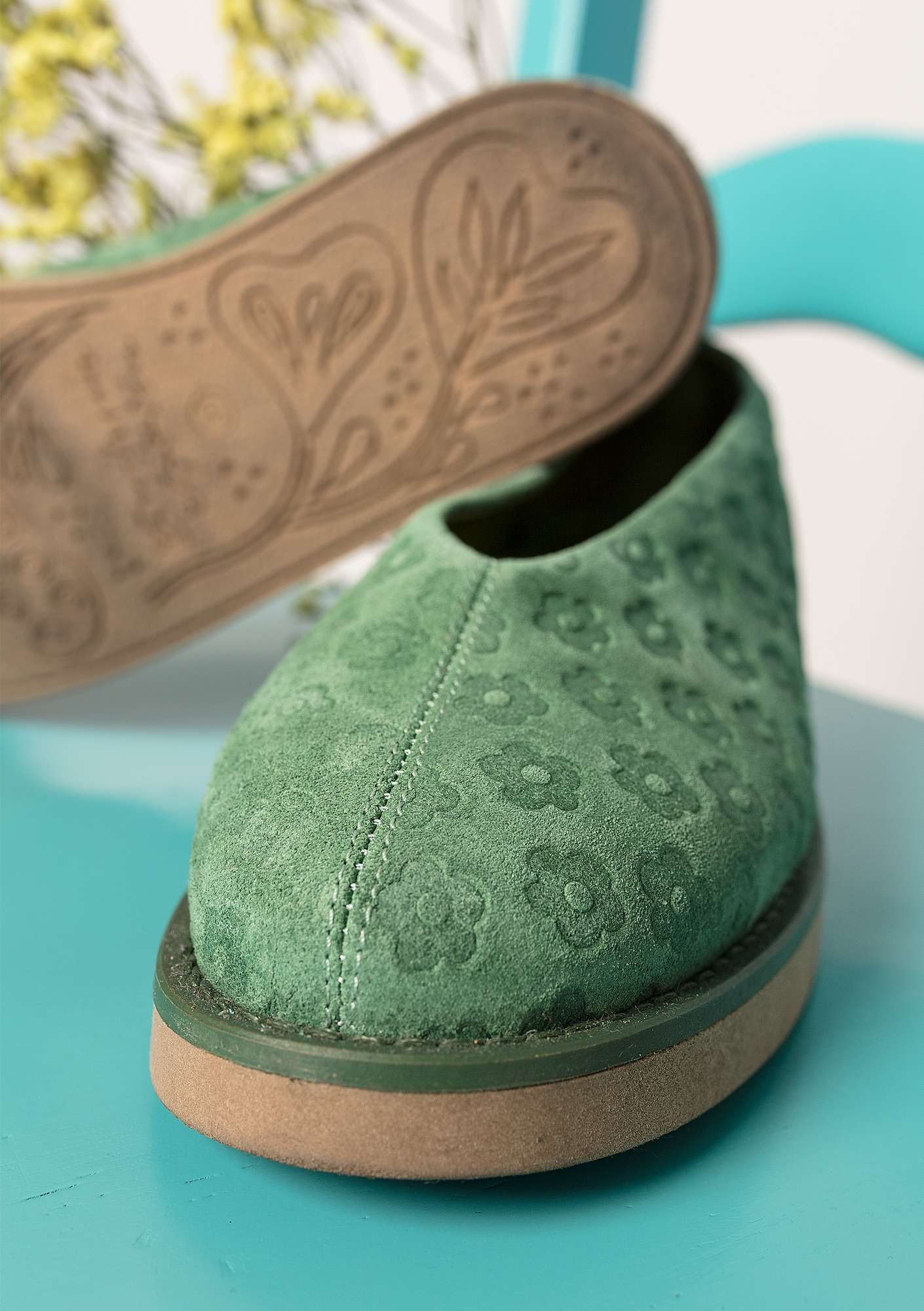 """Myrten"" suede shoes opal green"