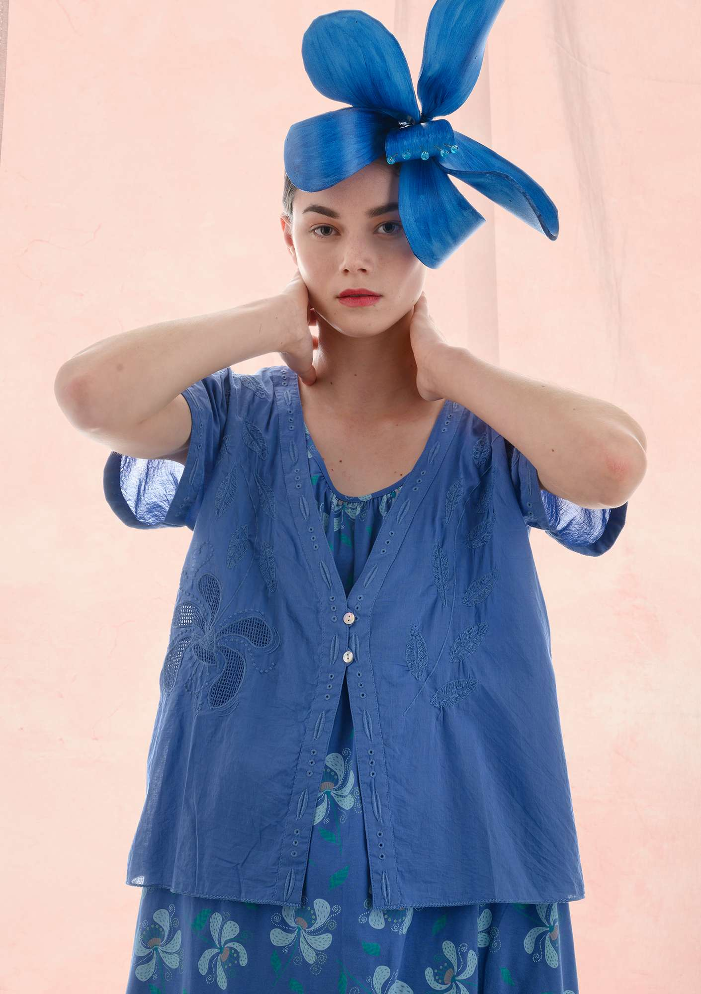 Fantasia blouse sky blue