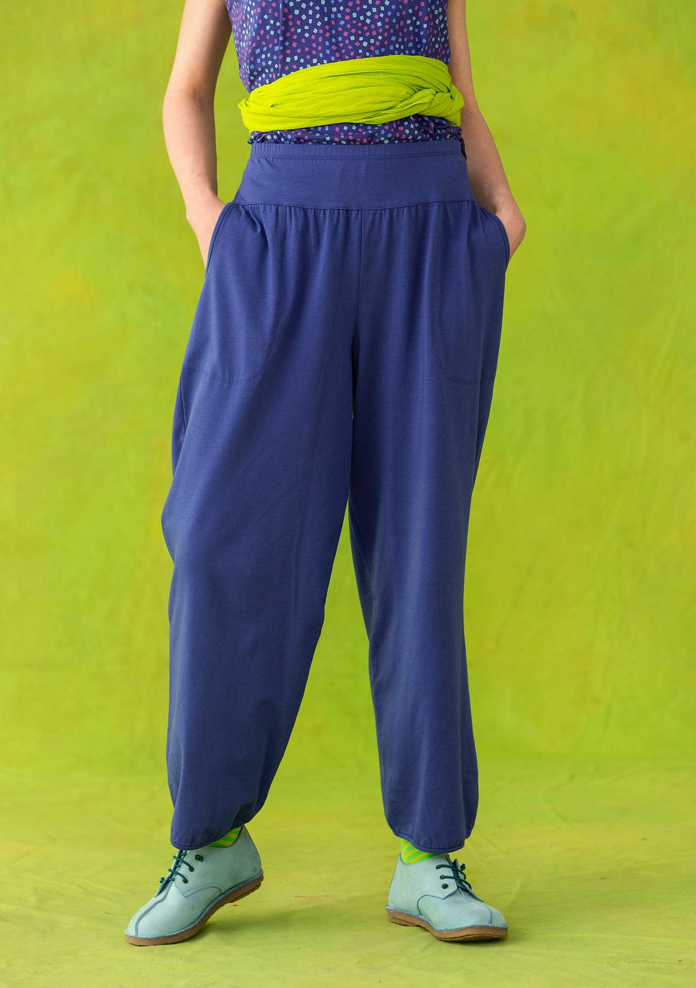 Yoga trousers violet